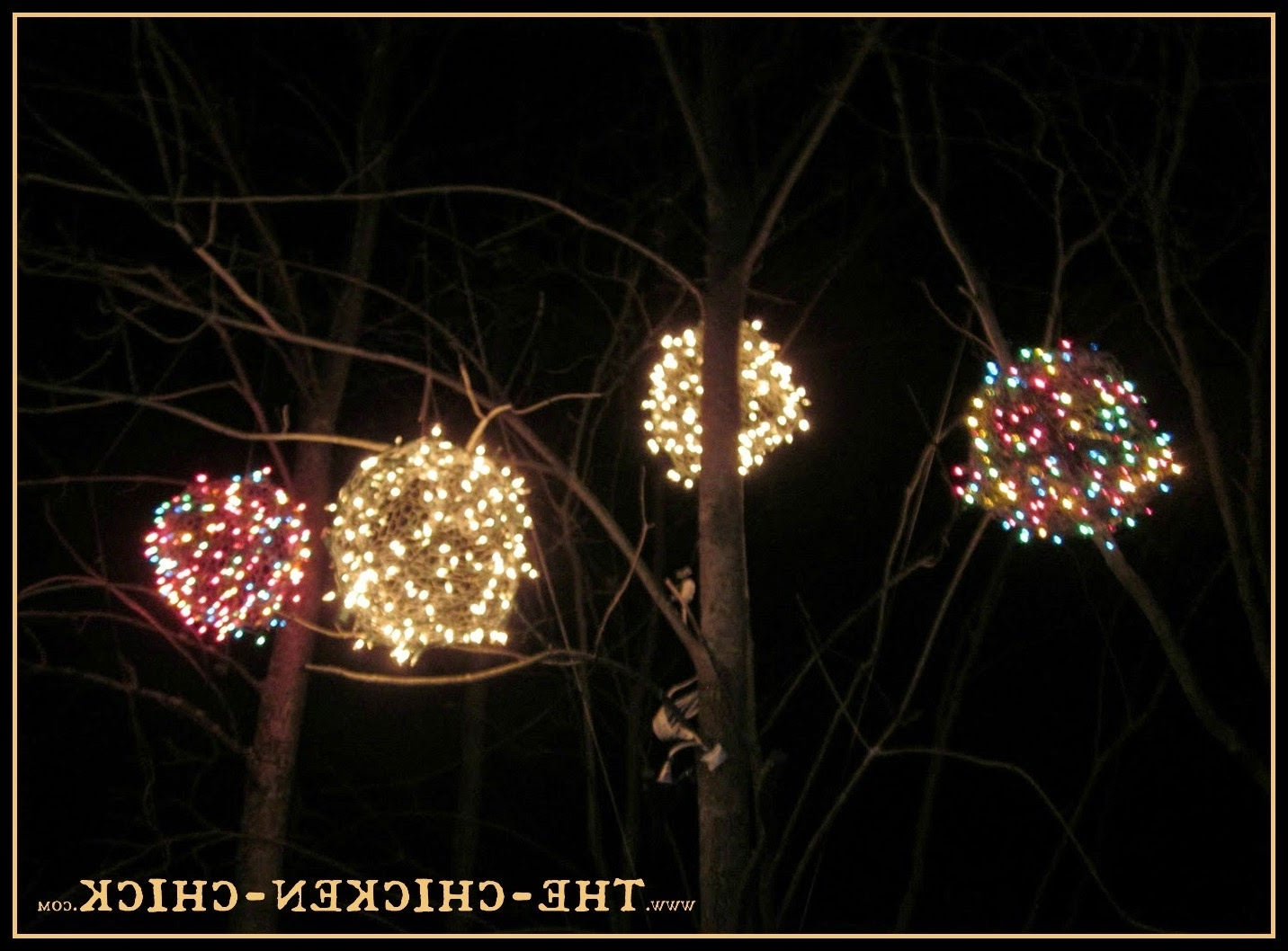 2018 Chicken Wire, Lighted Christmas Balls. 'tis The Season! (Gallery 9 of 20)