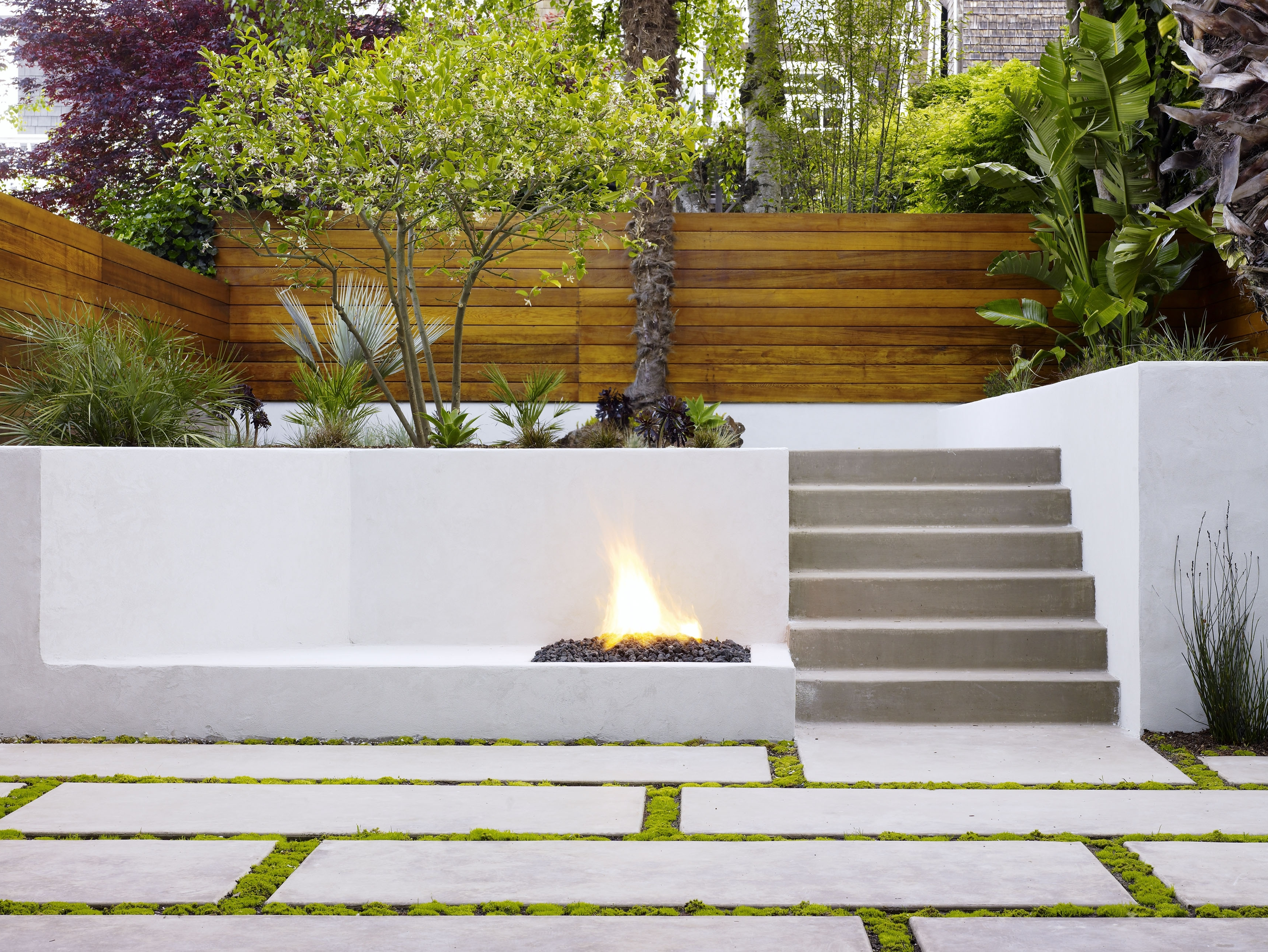 2018 Concrete Retaining Wall Ideas For Attractive Garden Landscape Design Intended For Outdoor Retaining Wall Lighting (View 2 of 20)