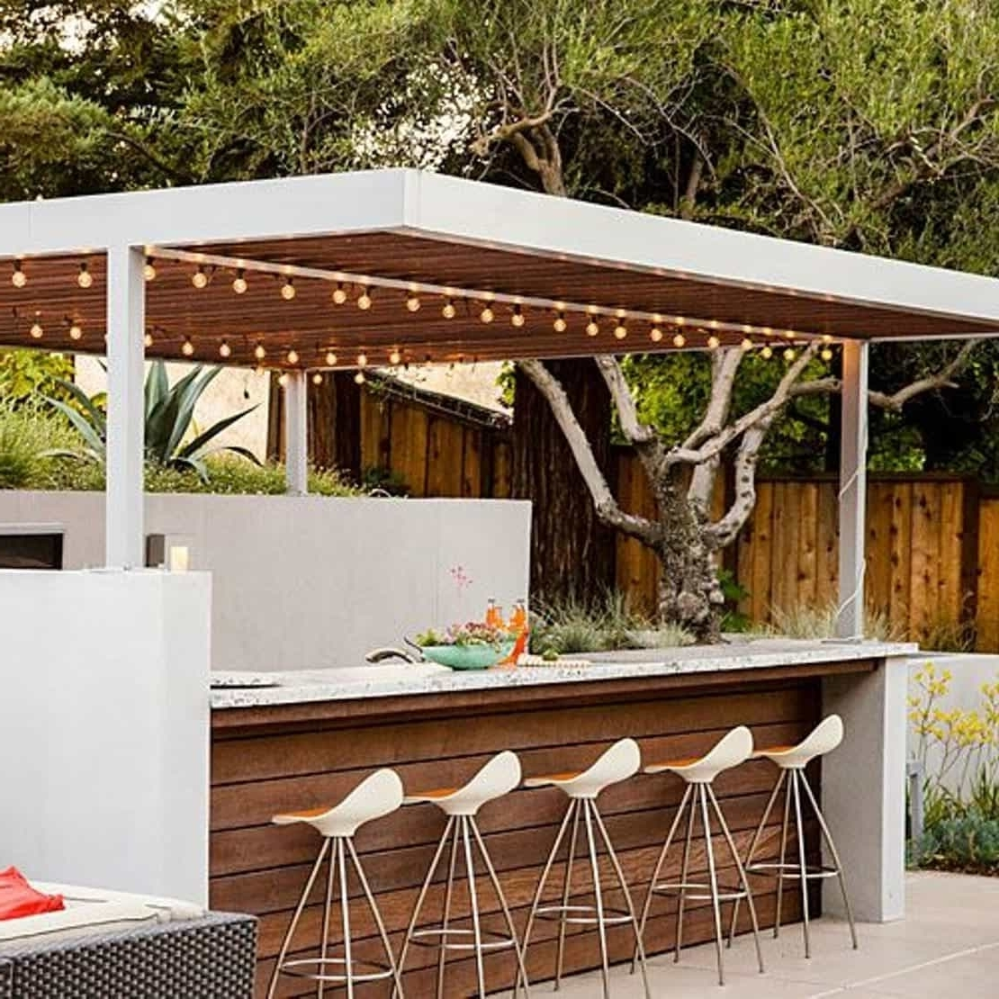 2018 Modern Backyard Bar With String Lights – Relaxing Outdoor Backyard Intended For Modern Outdoor String Lights (View 2 of 20)