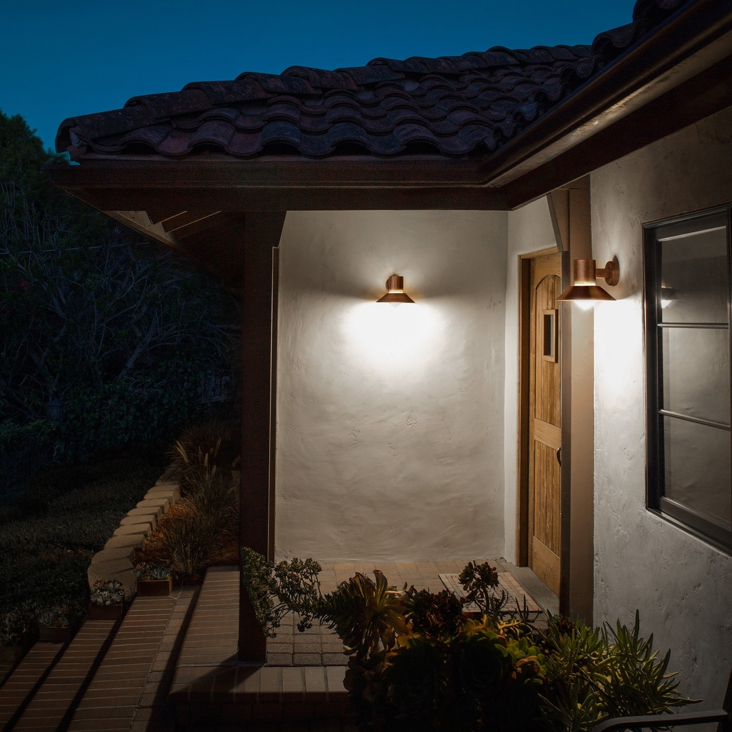 Featured Photo of Outdoor Wall Lights For Houses