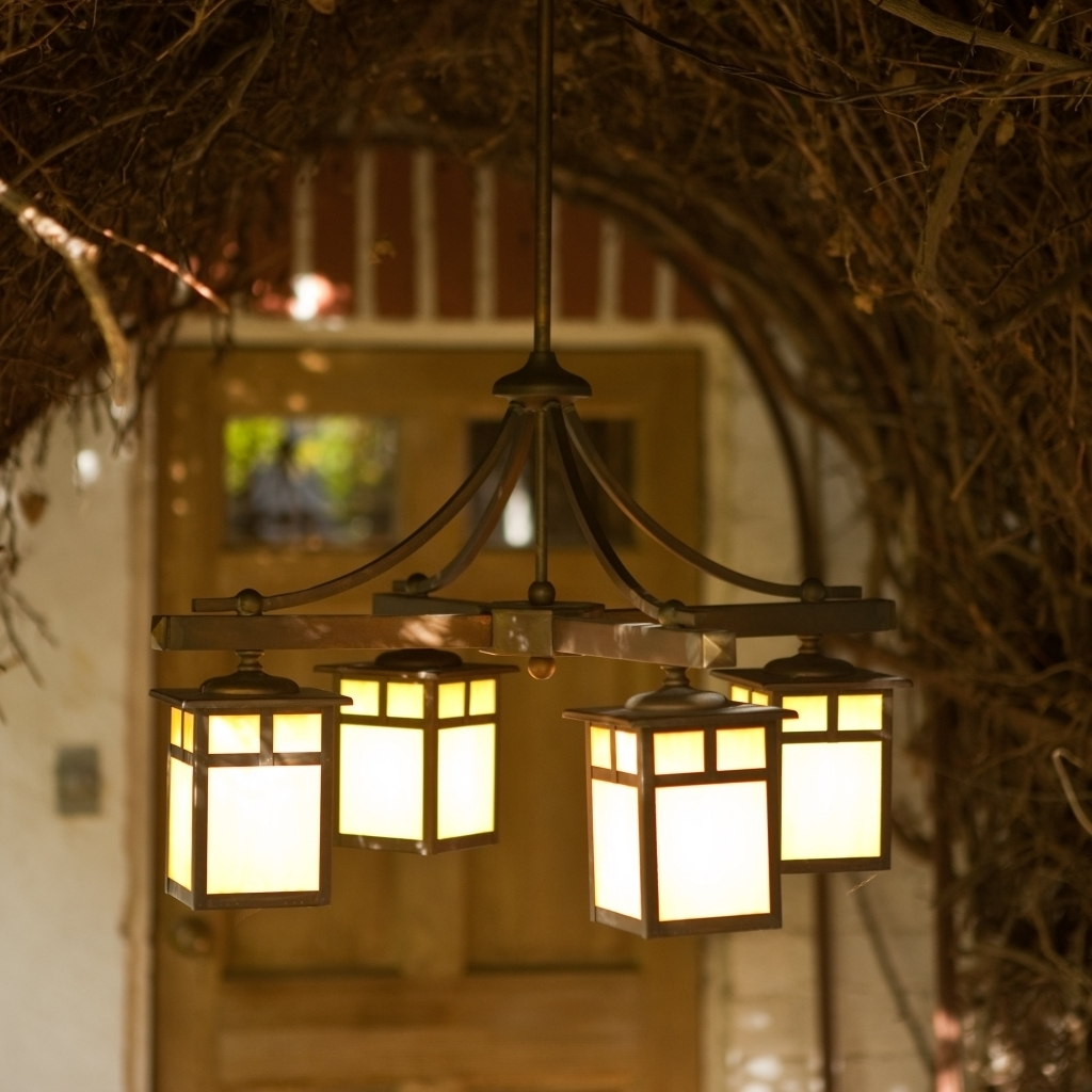 Featured Photo of Outdoor Hanging Lights with Battery