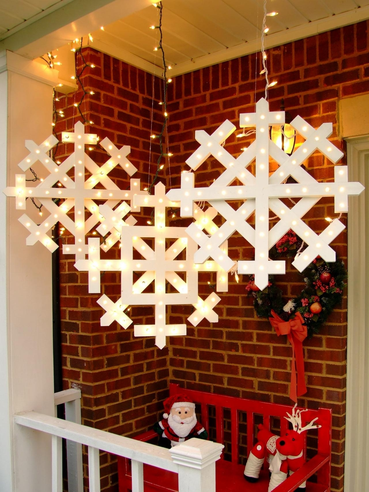 Diy Intended For Well Known Outdoor Hanging Snowflake Lights (View 10 of 20)