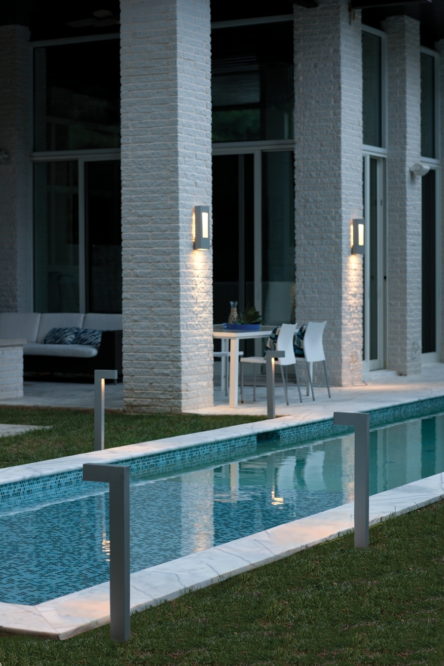 Famous Hinkley Lighting For Modern Garden With Hinkley Lighting Atlantis Collection Led Outdoor Lanterns And (View 4 of 20)