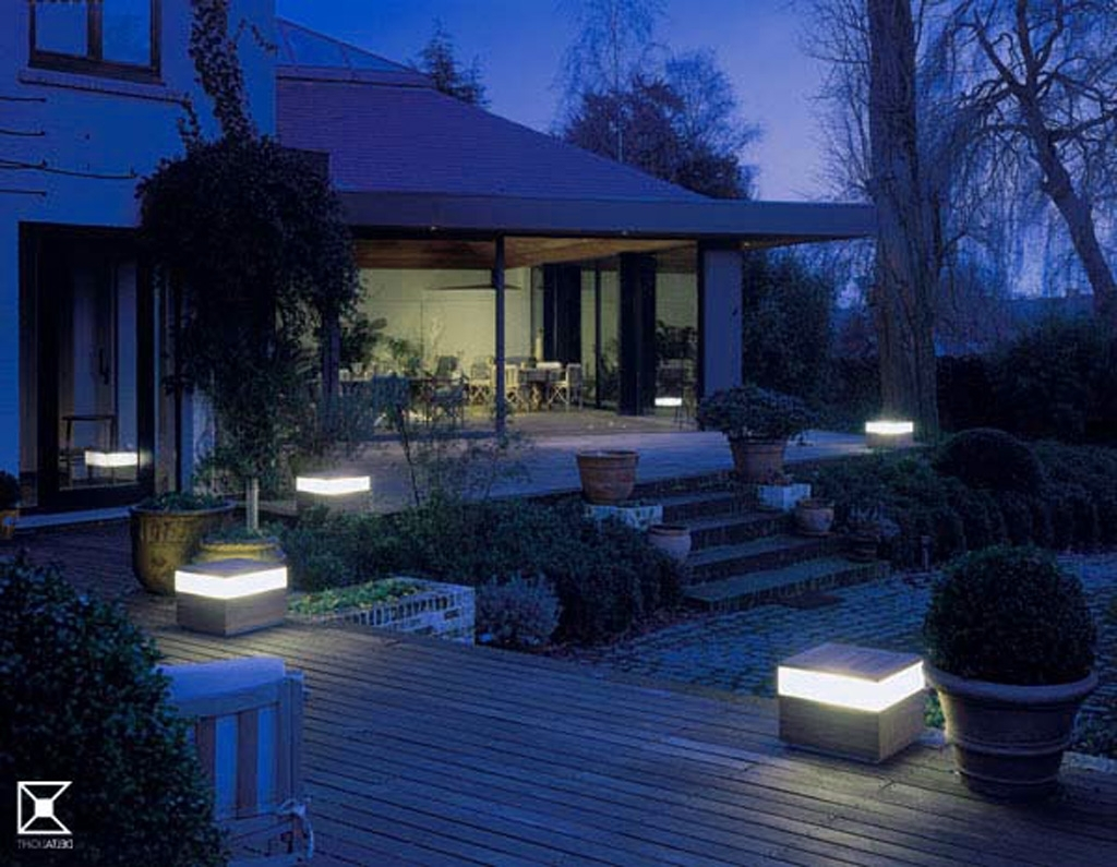 Famous Modern Garden Low Voltage Deck Lighting With Decorating , Simple Landscape Lighting Ideas To Freshen Up Your (View 3 of 20)