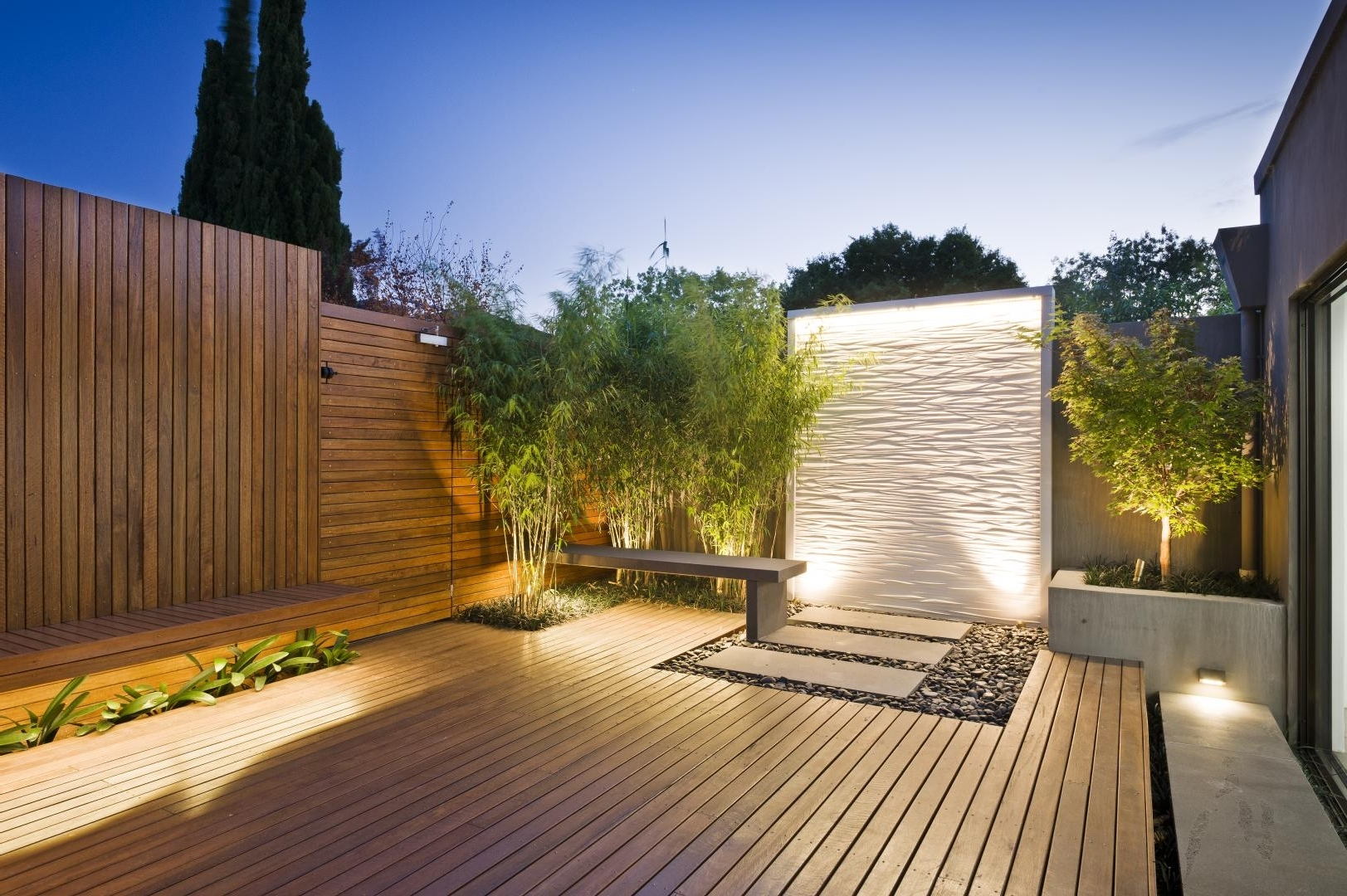 Fashionable Contemporary Deck Lighting Ideas — Jbeedesigns Outdoor : Deck With Modern Garden Low Voltage Deck Lighting (View 4 of 20)