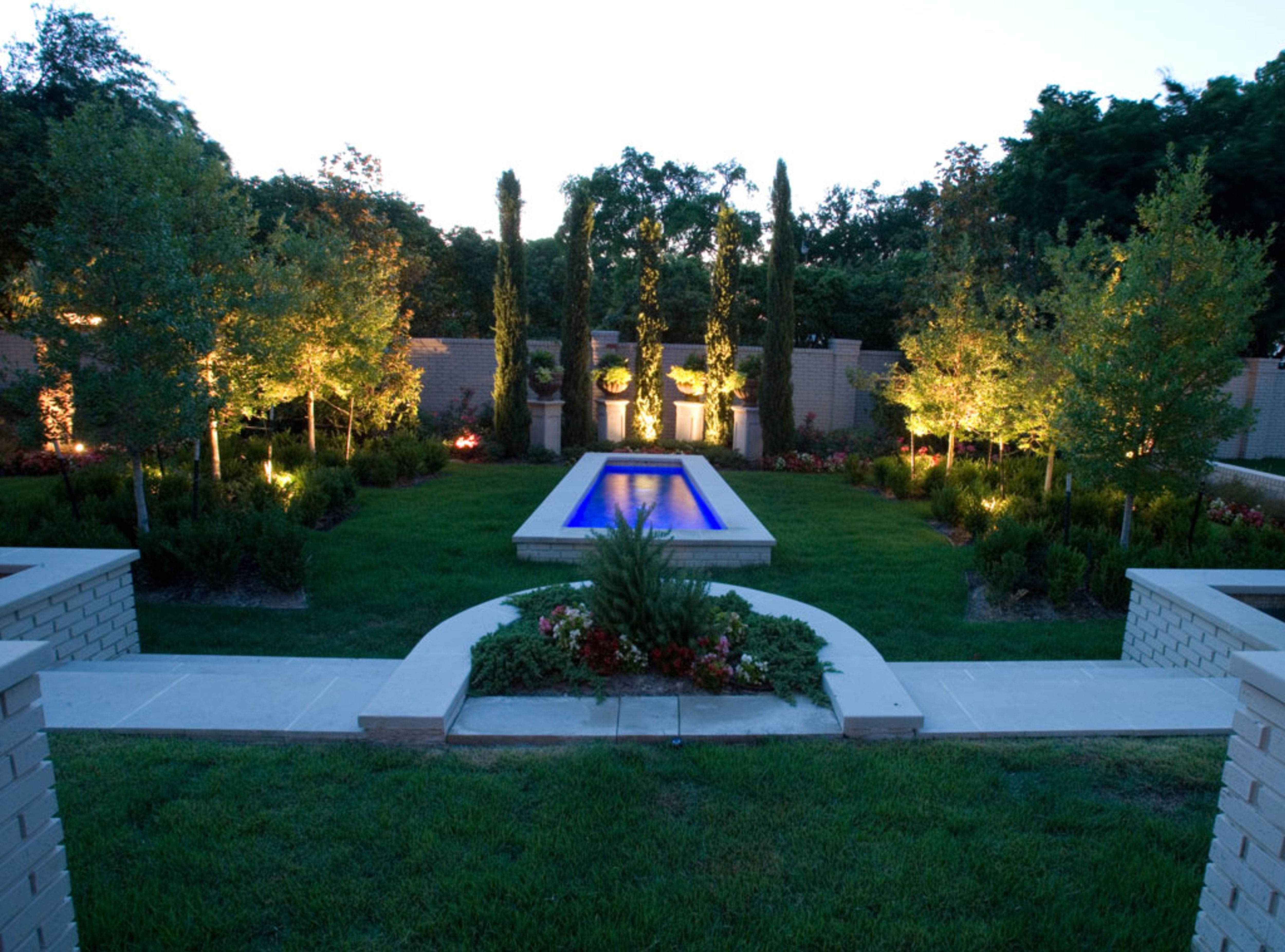 Fashionable Contemporary Led Post Lights For Mini Garden With Cool Landscaping Ideas For Front Of House Insight Inspiring Garden (View 6 of 20)