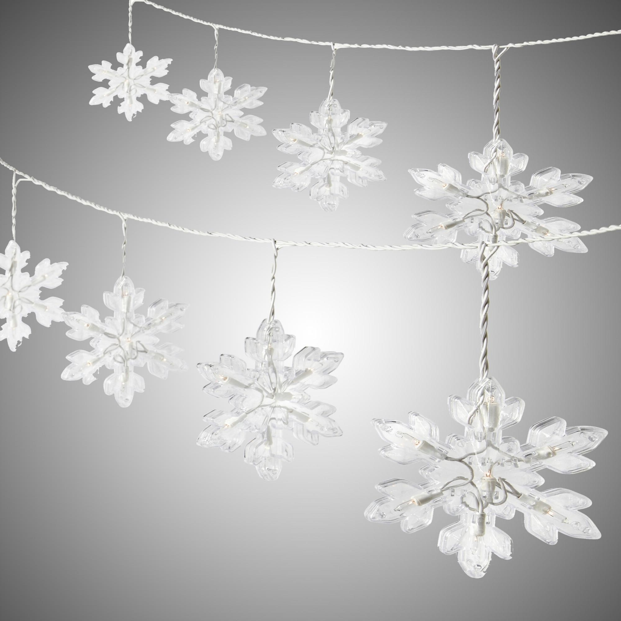 Fashionable Diy : Snowflake String Lights Outdoor Lighting Design Ideas For Throughout Outdoor Hanging Snowflake Lights (View 8 of 20)