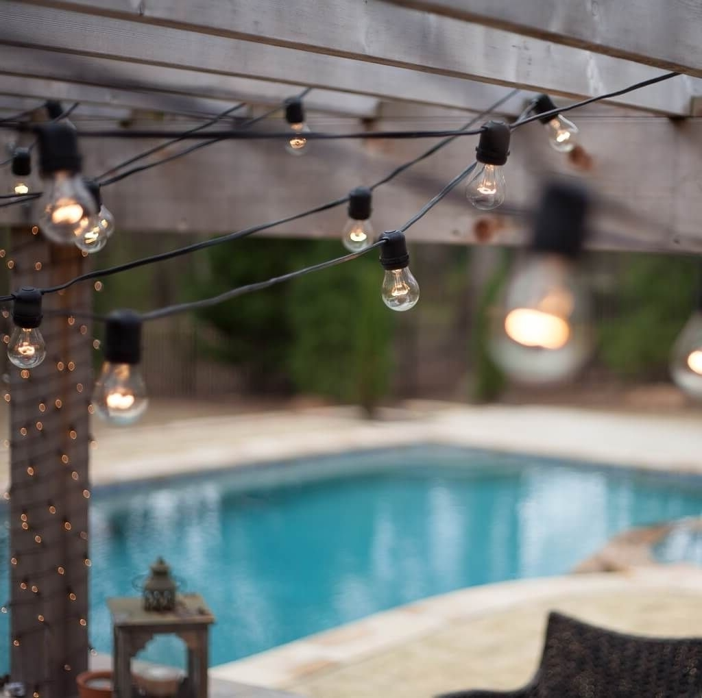 Fashionable Hanging Outdoor String Lights At Costco Regarding Lighting: Bulb Patio String Lights For Side Pool Party – Patio (View 20 of 20)