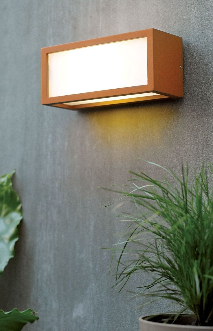 Favorite Beacon Lighting Outdoor Wall Lights With The Beacon Lighting Tucson 1 Light Plain Exterior Wall Bracket In (View 7 of 20)