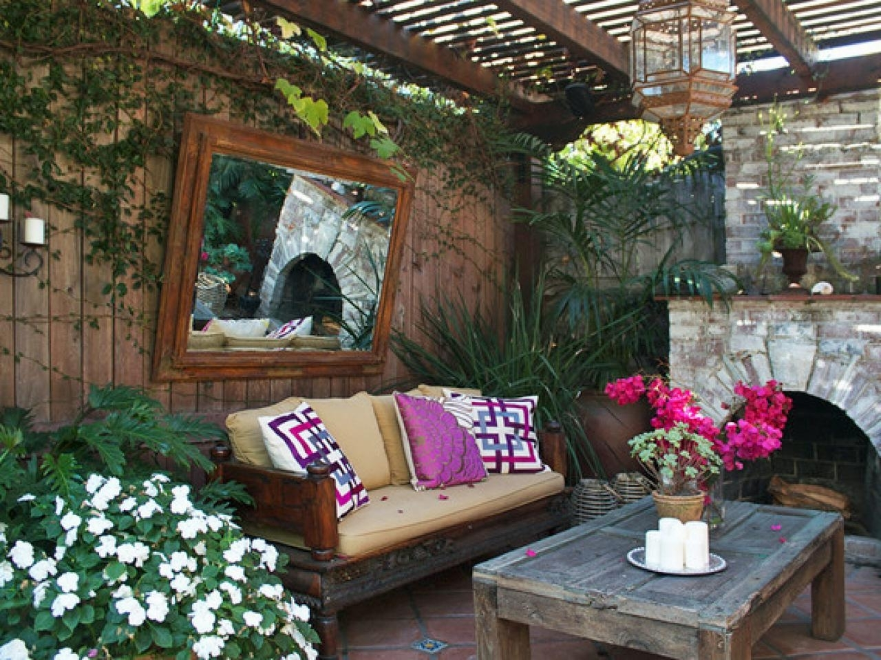 Fun Rooms : Moroccan Outdoor Lanterns Outdoor Moroccan Lighting Intended For Preferred Outdoor Hanging Moroccan Lanterns (View 6 of 20)