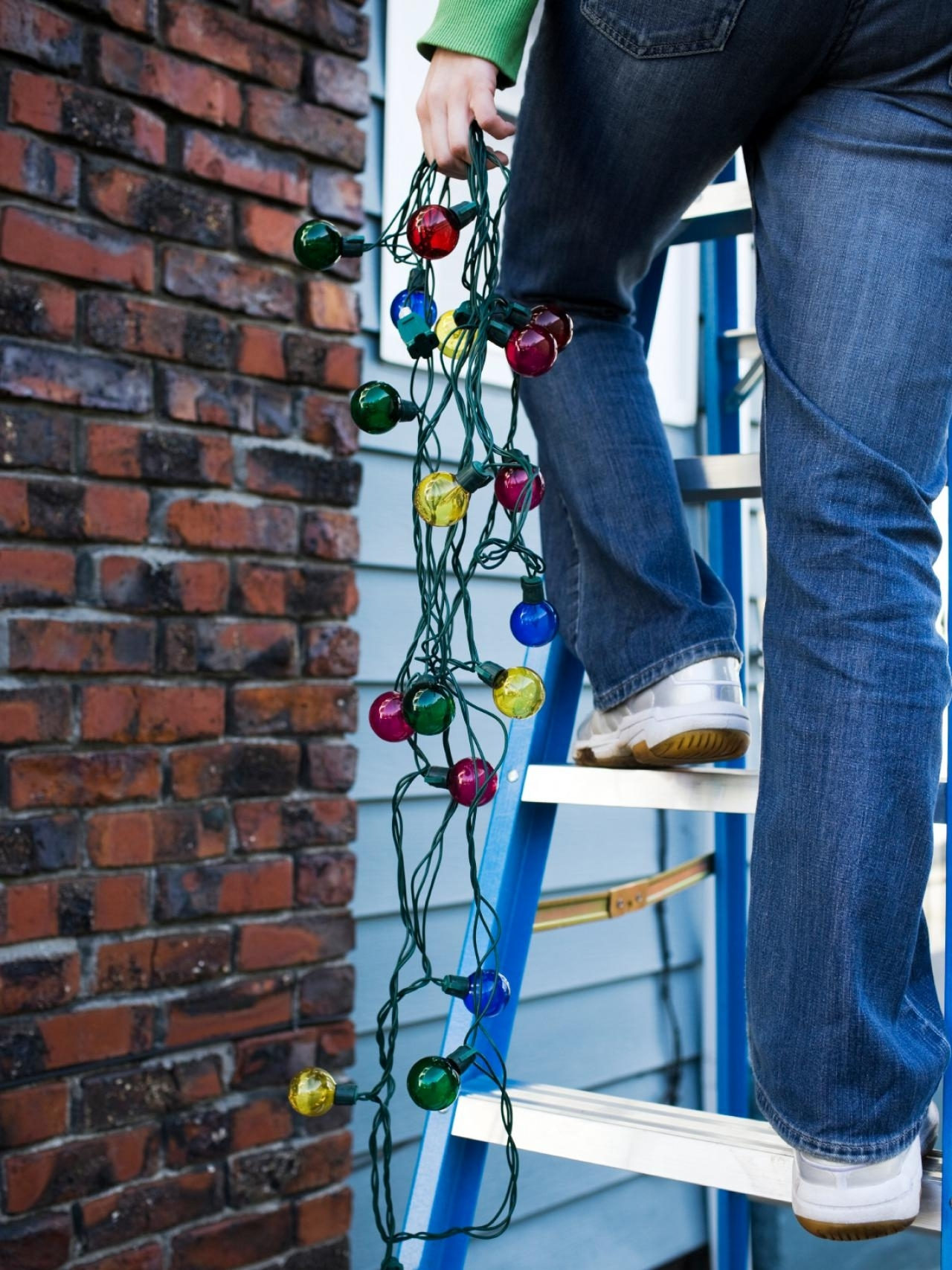 Hanging Outdoor Holiday Lights Regarding Well Known How To Hang Christmas Lights (Gallery 17 of 20)