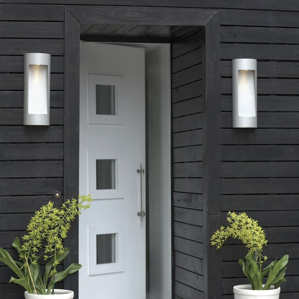 Hinkley Outdoor Wall Lighting With Regard To Well Liked Ask An Expert: How Do I Choose Lights That Are Bright Enough For My (View 20 of 20)