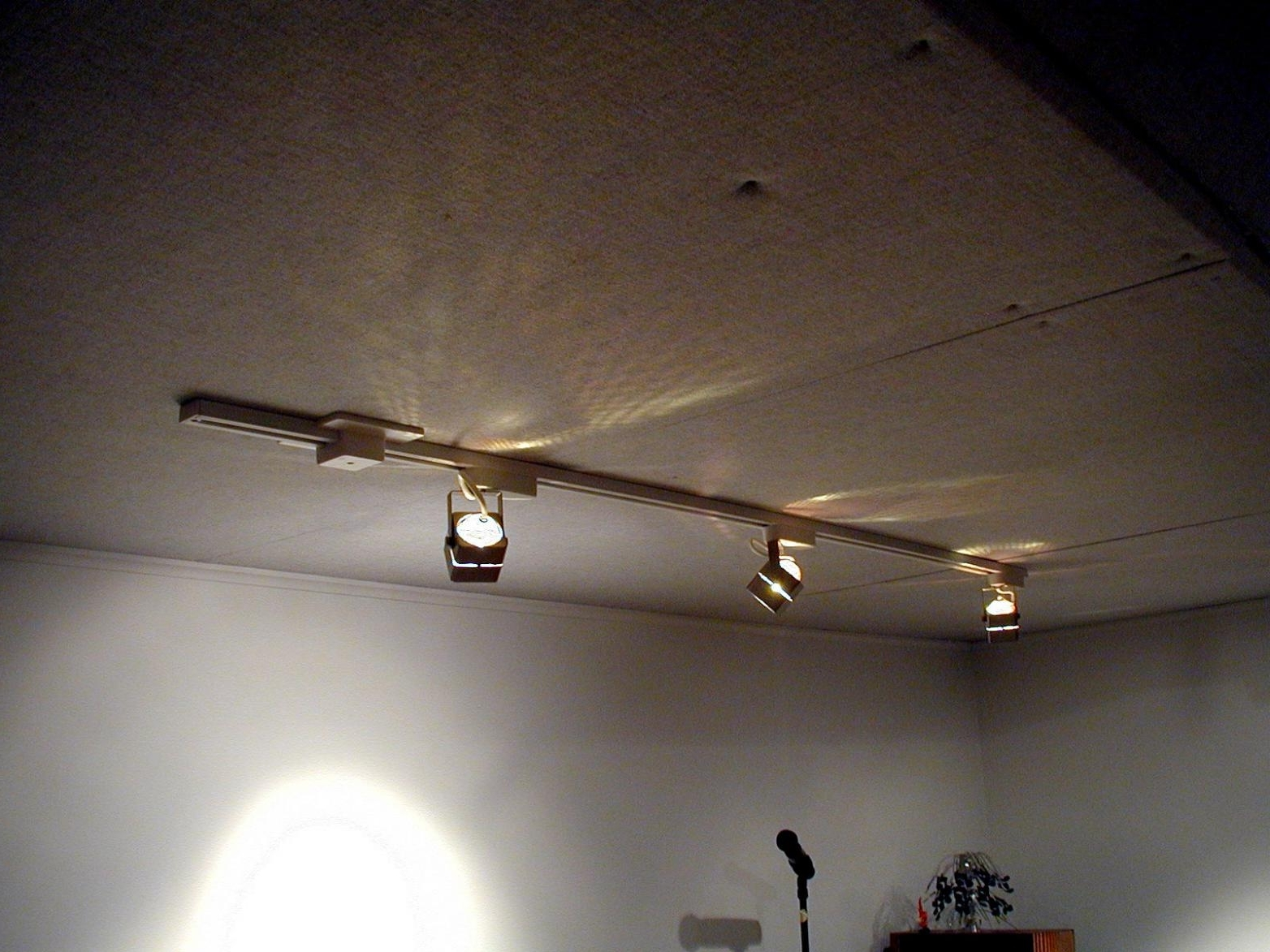How To Install Track Lighting On Winlights (Gallery 1 of 20)