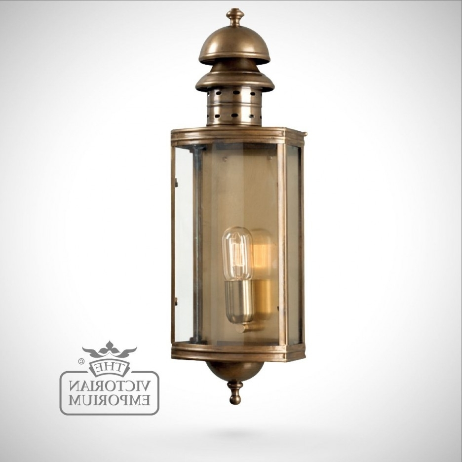 Latest Antique Brass Outdoor Lighting For Antique Brass Single Lamp Victorian Outdoor Wall Lamp (View 3 of 20)
