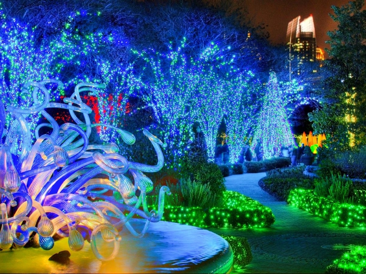 Latest Botanical Garden Lights With Your Guide To Dazzling Holiday Lights Around Atlanta (View 14 of 20)