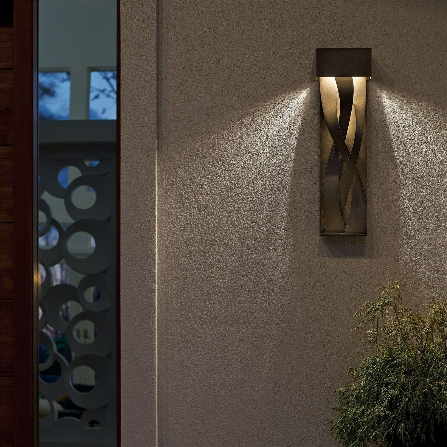 Latest Hubbardton Forge 302529D 05 No Tress 1 Light Large Led Outdoor Wall For Residential Outdoor Wall Lighting (View 11 of 20)