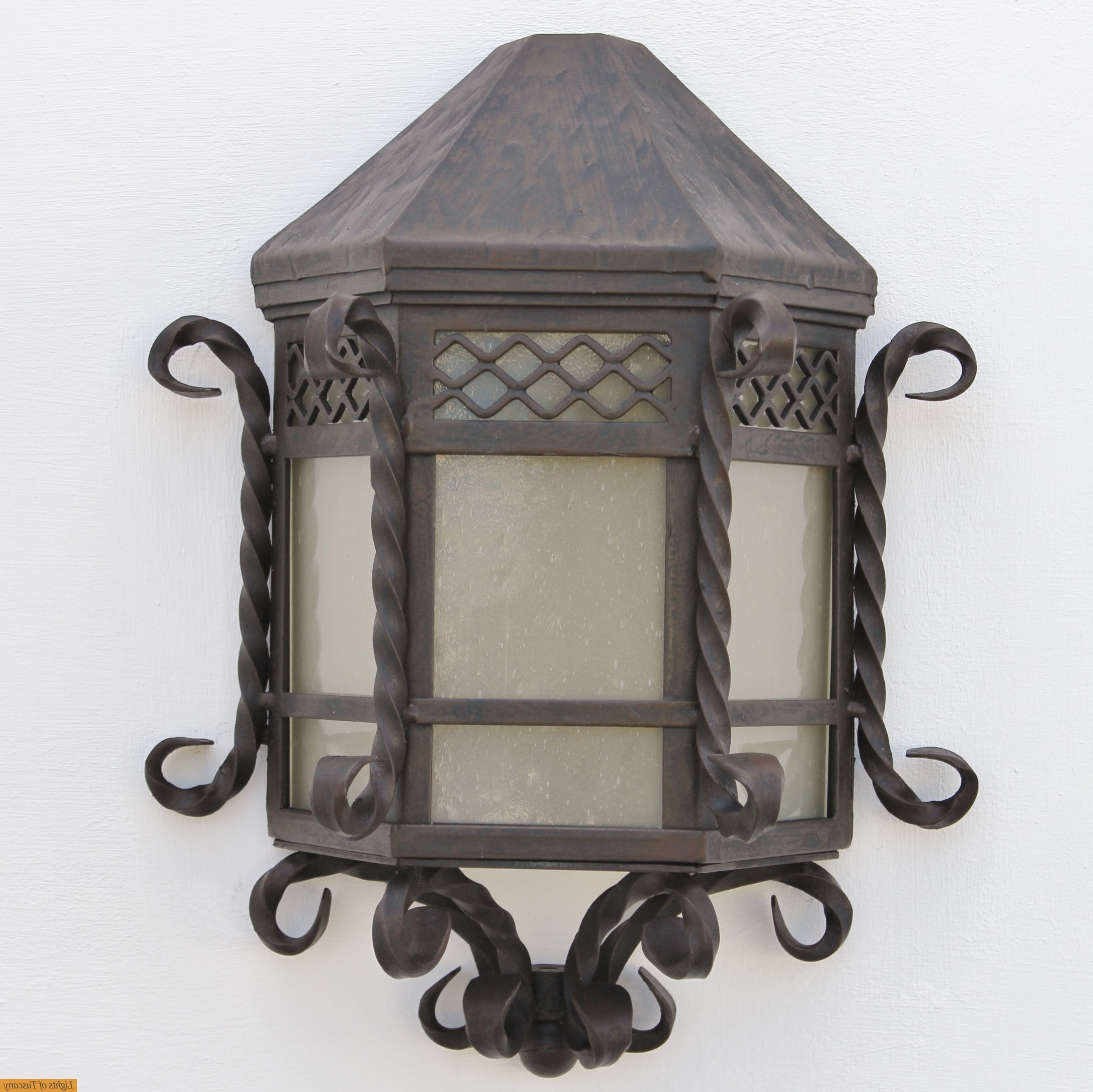 Lights Of Tuscany 7020 1 Spanish Style Outdoor Iron Pocket Close To Within Most Up To Date Tuscan Outdoor Wall Lighting (View 14 of 20)