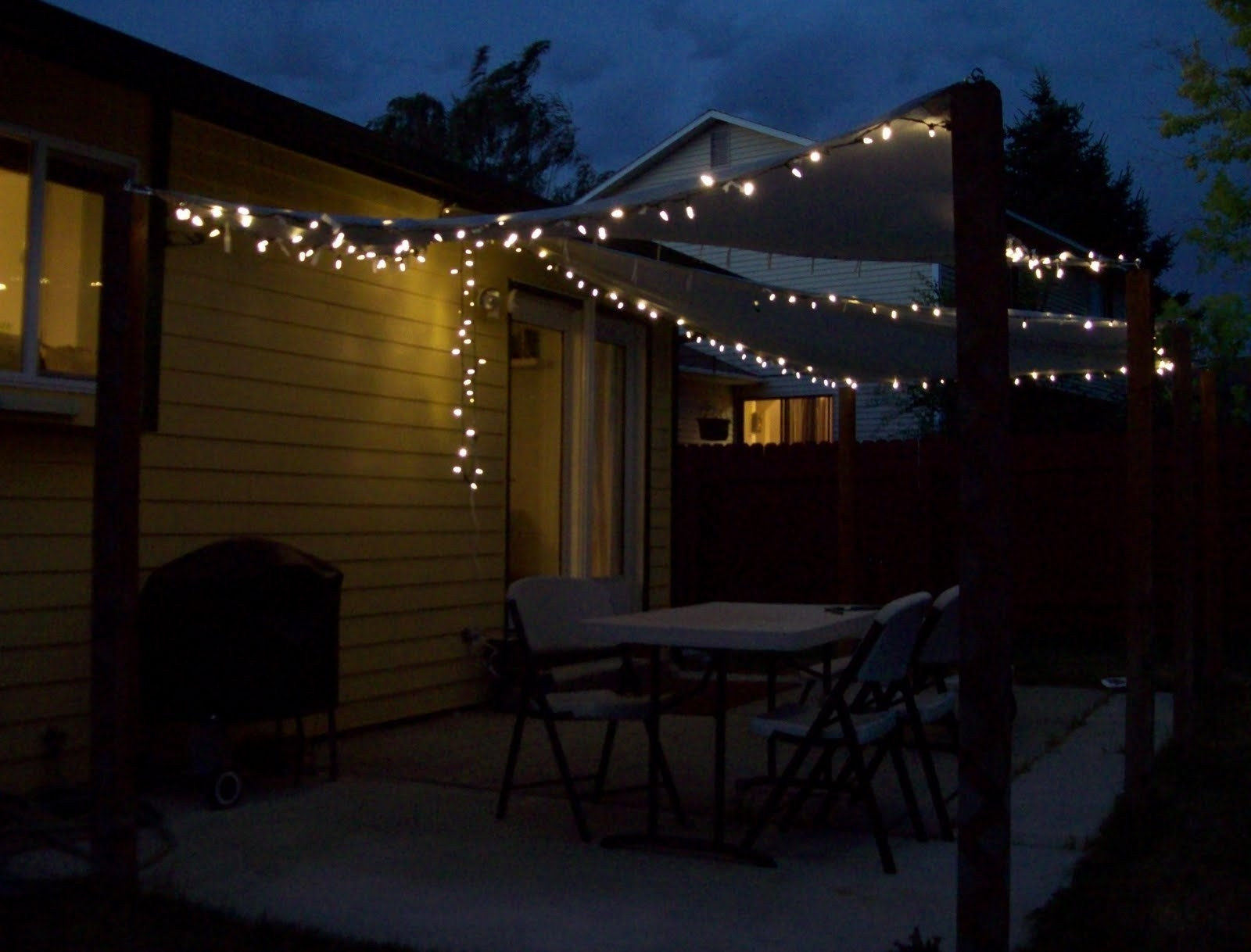 Lovable Patio Hanging Lights Patio Backyard String Lighting Inside Trendy Outdoor String And Patio Lights (View 18 of 20)