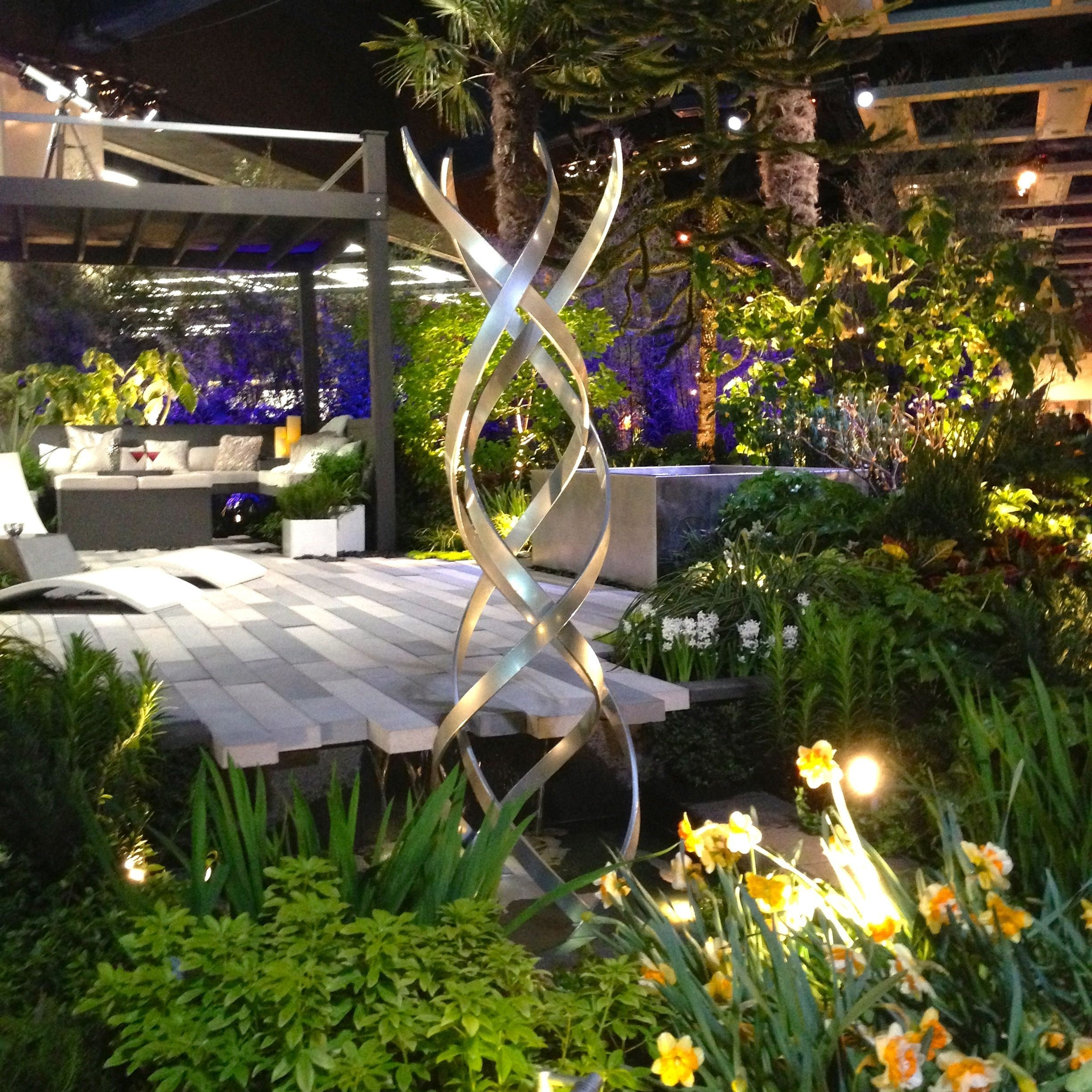 Modern Garden Landscape Lighting Pertaining To 2018 Outdoor Garden Design – Luxury Modern Water Garden With Beautiful (View 8 of 20)
