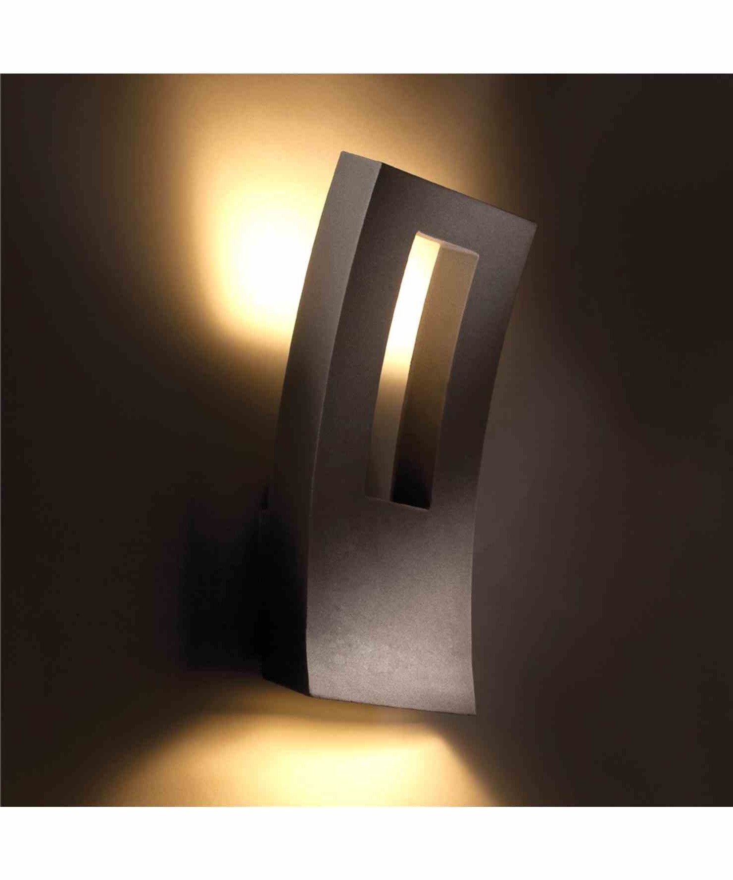 Modern Outdoor Wall Sconce (View 2 of 20)