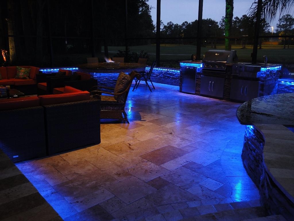 Most Popular Modern Patio Outdoor Light Fixtures For 10 Quick Tips For Diy Outdoor Lighting (View 20 of 20)