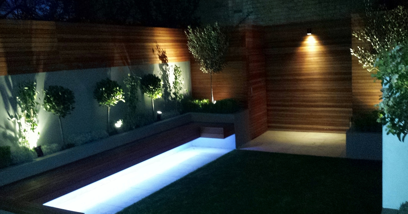 Most Popular Picture Garden Ideas London Wonderful And Design Modern Great Regarding Contemporary Led Post Lights For Mini Garden (View 11 of 20)