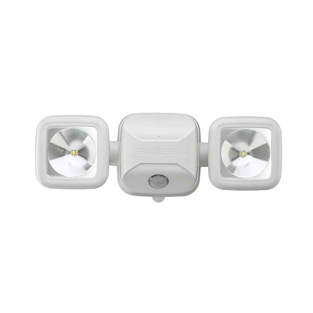 Most Up To Date Battery Operated Outdoor Lights At Home Depot Inside Mr Beams High Performance 500 Lumen White Battery Operated Led (View 14 of 20)