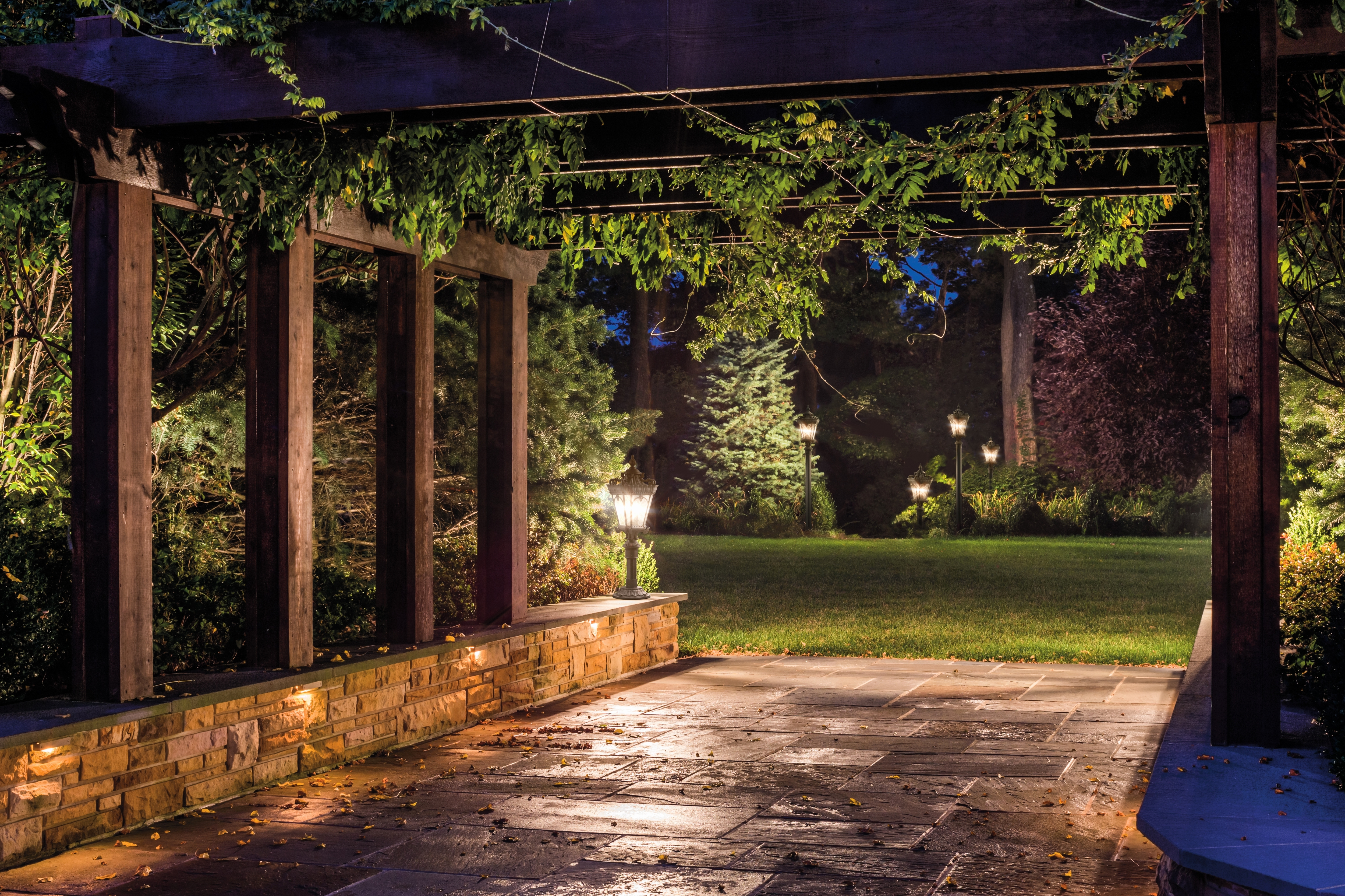 Newest Elegant Hinkley Landscape Lighting Pictures (30 Photos With Regard To Modern Garden Landscape Hinkley Lighting (Gallery 6 of 20)