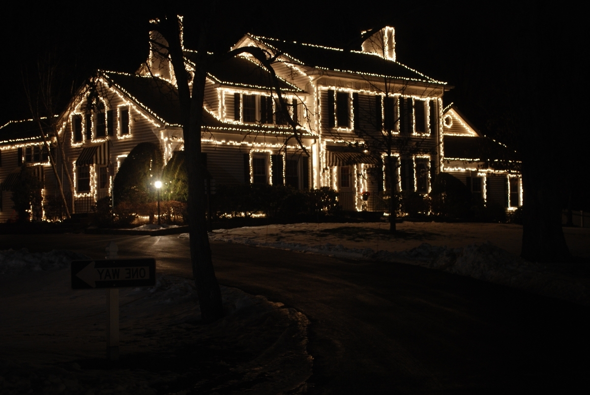 Newest Hanging Outdoor Christmas Lights Without Nails Inside Diy : Hanging Christmas Lights Without Drilling Bricks How Hang (View 13 of 20)