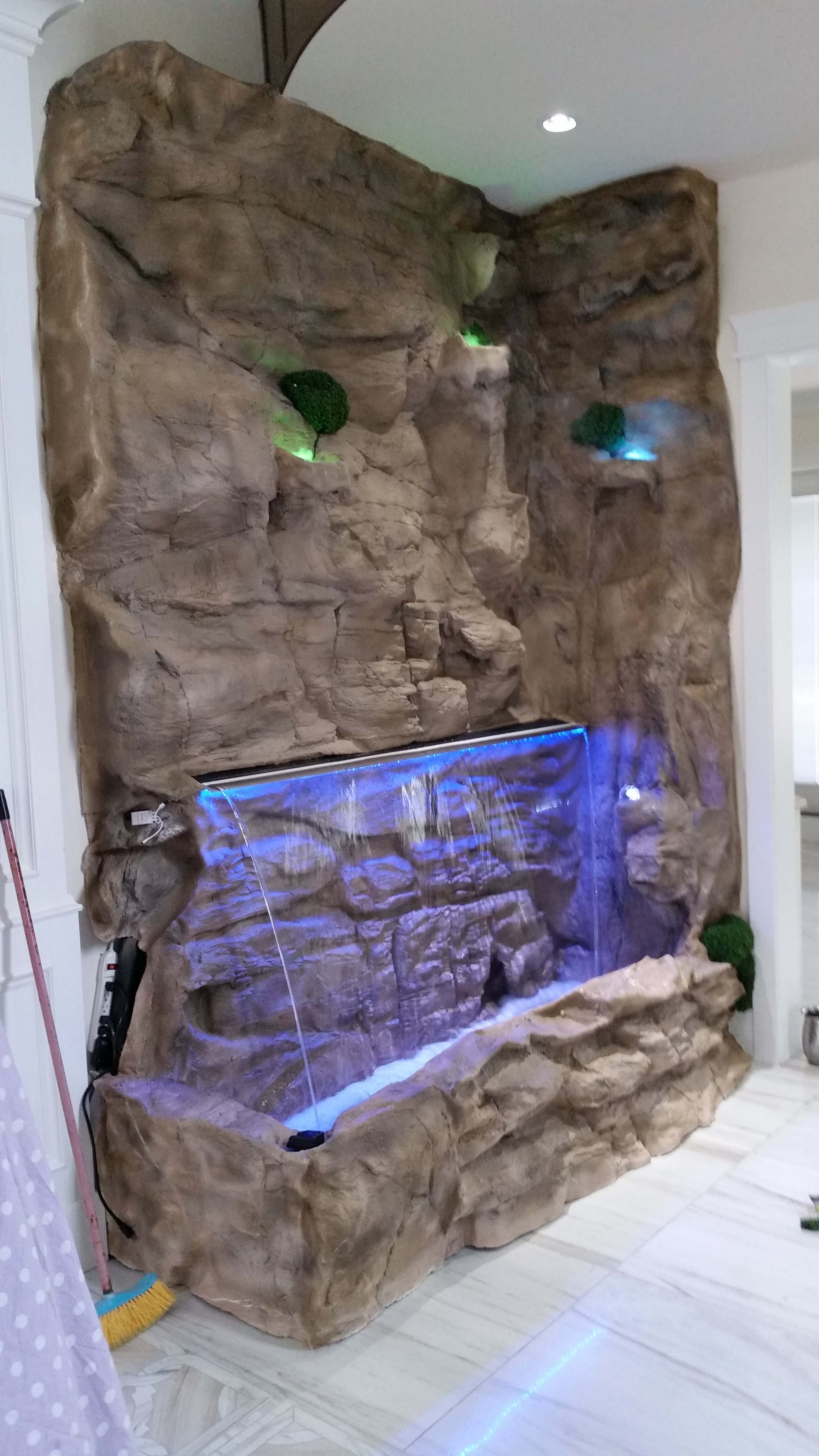Outdoor And Patio: Rock Wall Fountains Indoor Ares With Lighting In Well Liked Outdoor Rock Wall Lighting (View 9 of 20)