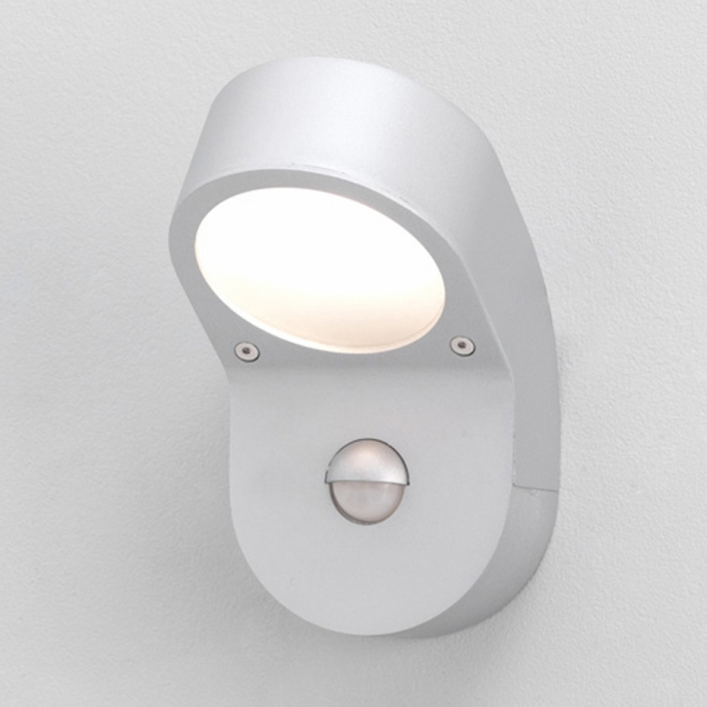 Outdoor Ceiling Lights With Pir Regarding Fashionable Outdoor Ceiling Light With Pir – Coryc (View 15 of 20)