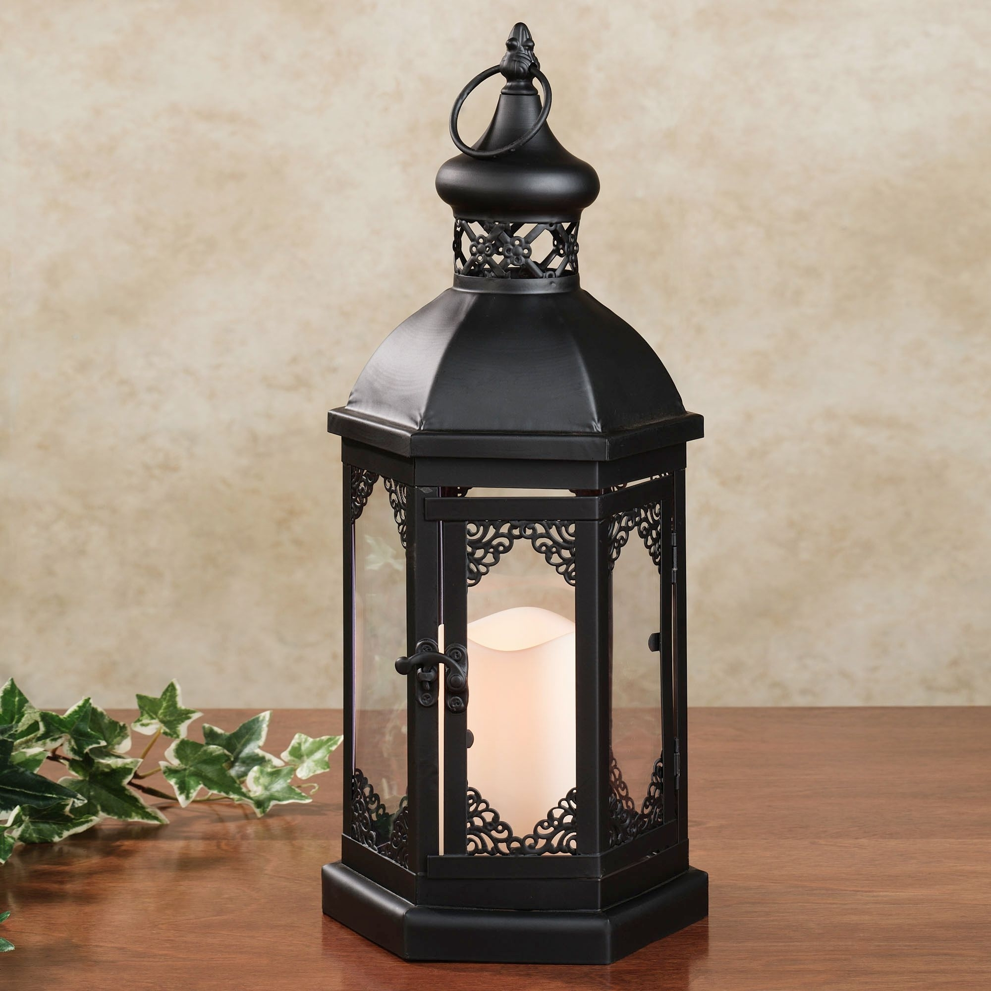 Outdoor Hanging Candle Lanterns Throughout 2019 Garden & Outdoor: Awesome Candle Lanterns For Outdoor Lighting Ideas (View 12 of 20)