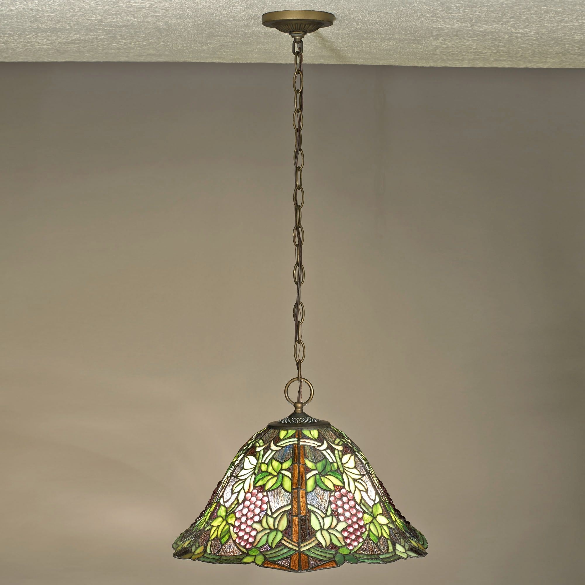Outdoor Hanging Grape Lights Inside Most Popular Vintage Grapevine Stained Glass Hanging Ceiling Lamp (View 14 of 20)