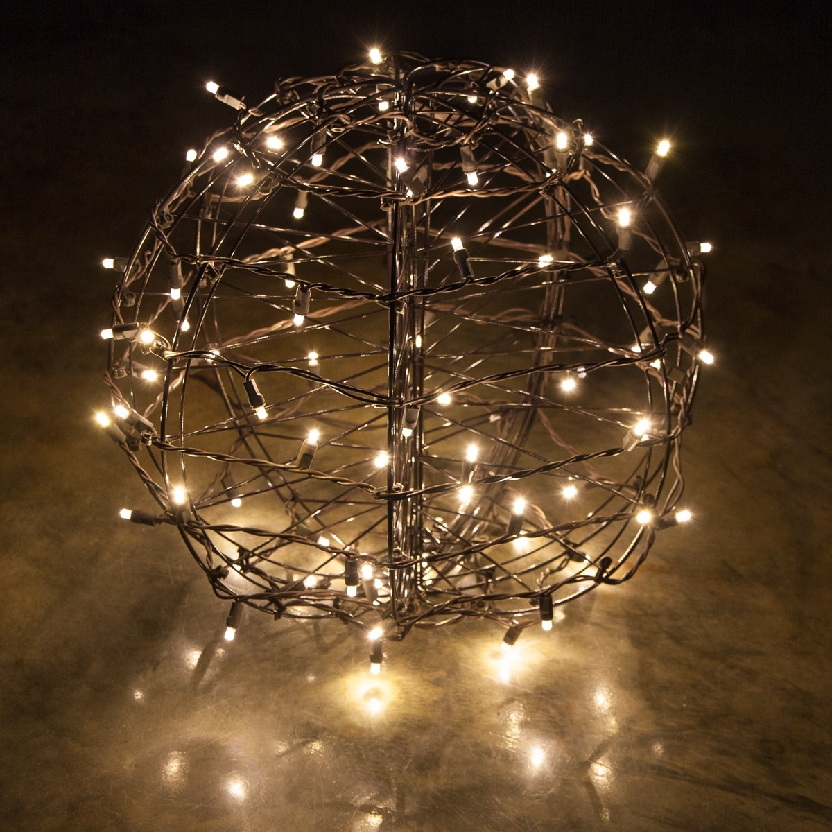 Outdoor Hanging Lights For Trees For Current Wondrous Design Ideas Christmas Ball Lights For Trees Outdoor (View 11 of 20)