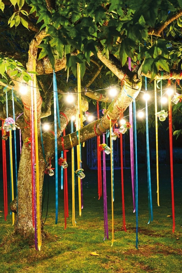 Outdoor Hanging Party Lanterns Pertaining To Fashionable Fun Outdoor Birthday Party Décor Ideas (View 12 of 20)