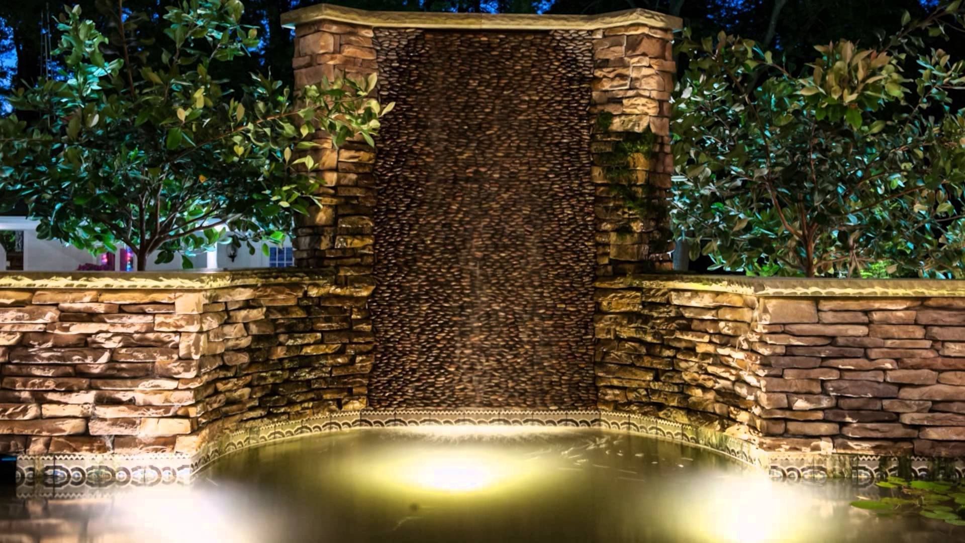 Featured Photo of Outdoor Rock Wall Lighting