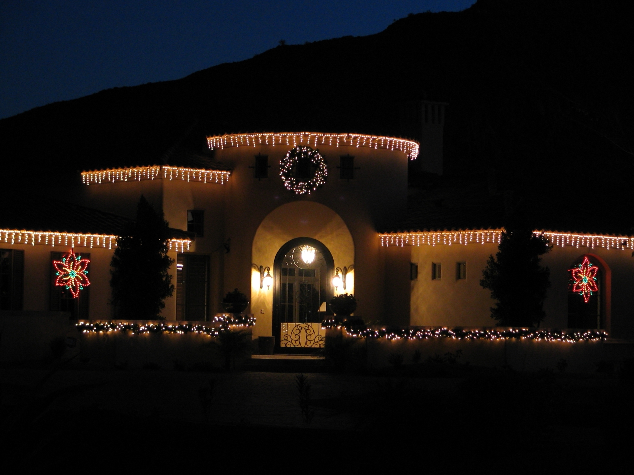 Outdoor Wall Xmas Lights Pertaining To Most Popular Decorating: Vivacious Led Icicle Lights With Wall Lanterns And Glass (View 15 of 20)