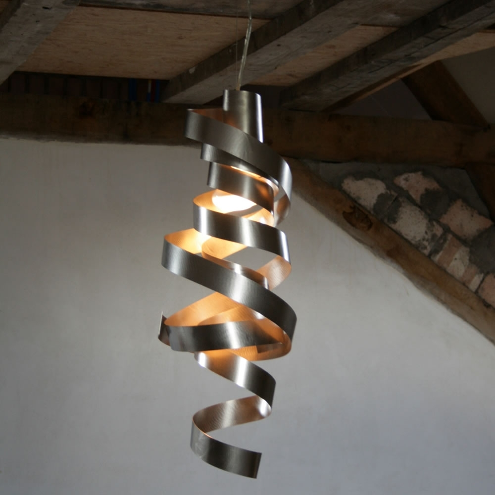 Pendant Lights And Modern Design Lighting Fixtures Pertaining To Well Liked Modern Pendant Lighting Fixtures (View 12 of 20)
