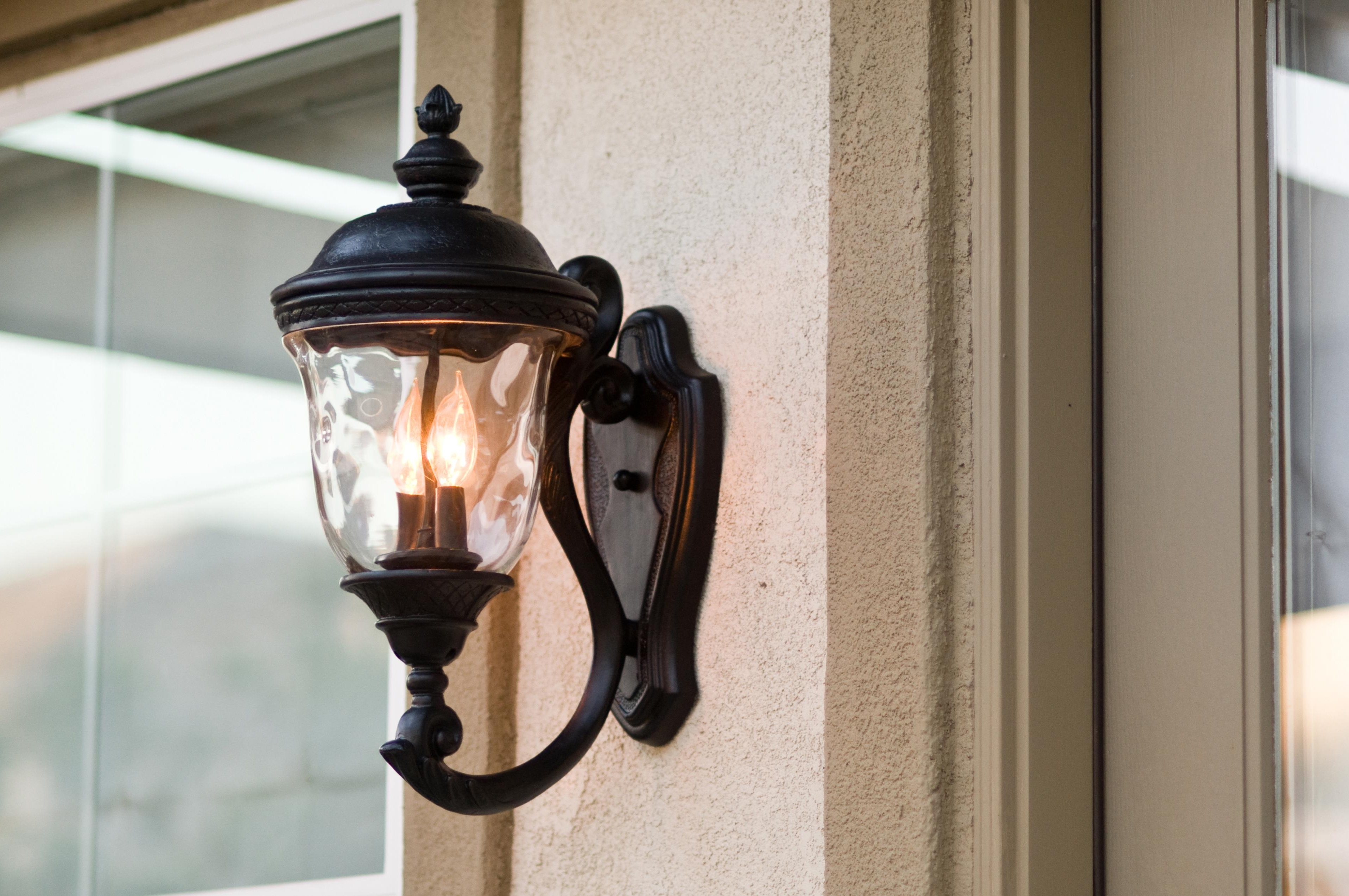 Perfect Simple Modern Lighting Outdoor Mount Wall Fixture With In Well Known Outdoor Wall Mounted Decorative Lighting (View 18 of 20)