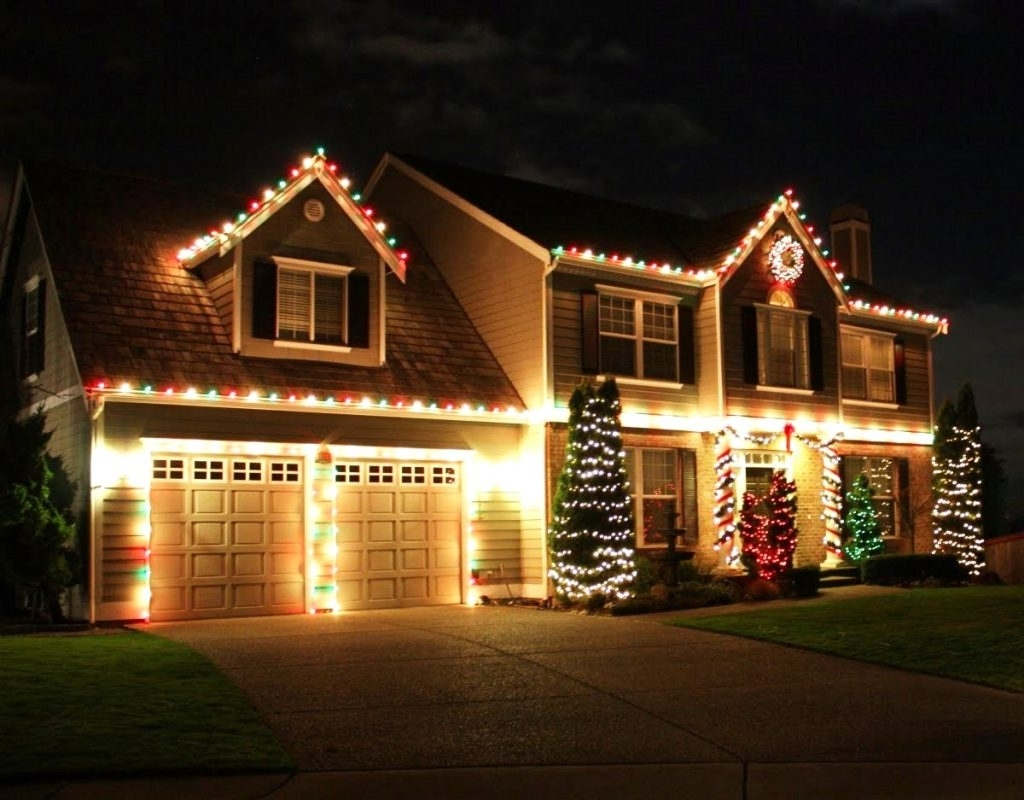 Popular Diy : Christmas Hang Lights Bigtree How Roof Line Full Size Trees For Hanging Outdoor Christmas Lights In Roof (View 11 of 20)