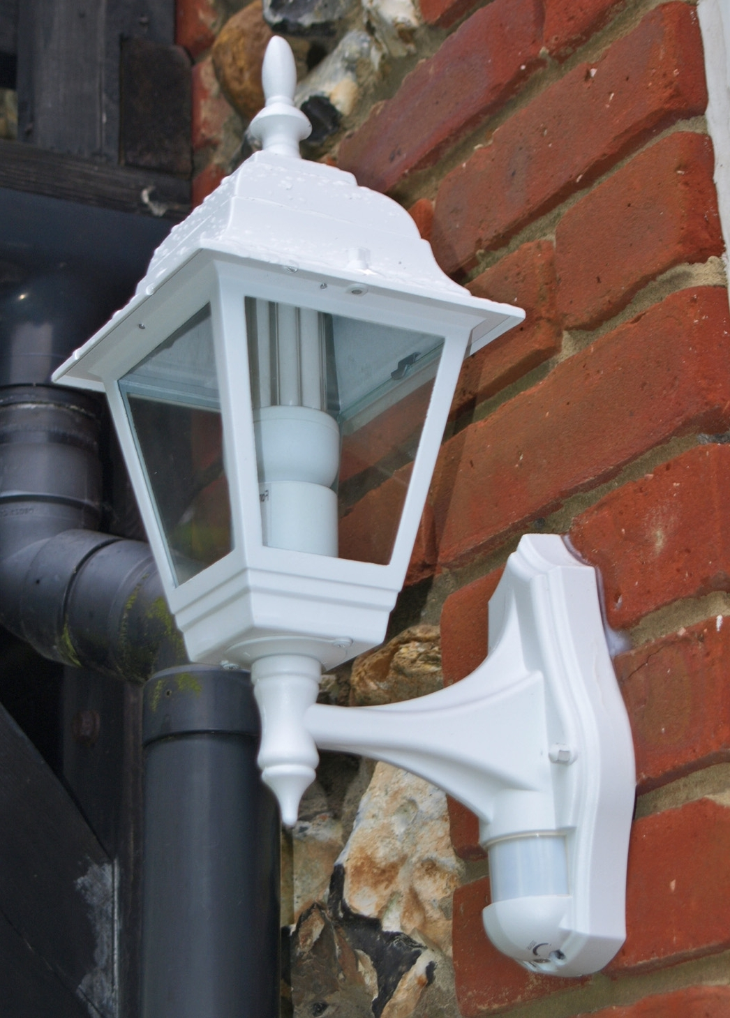 Post Carbon Homes – Lights Within Recent Outdoor Wall Lighting At B&q (View 15 of 20)