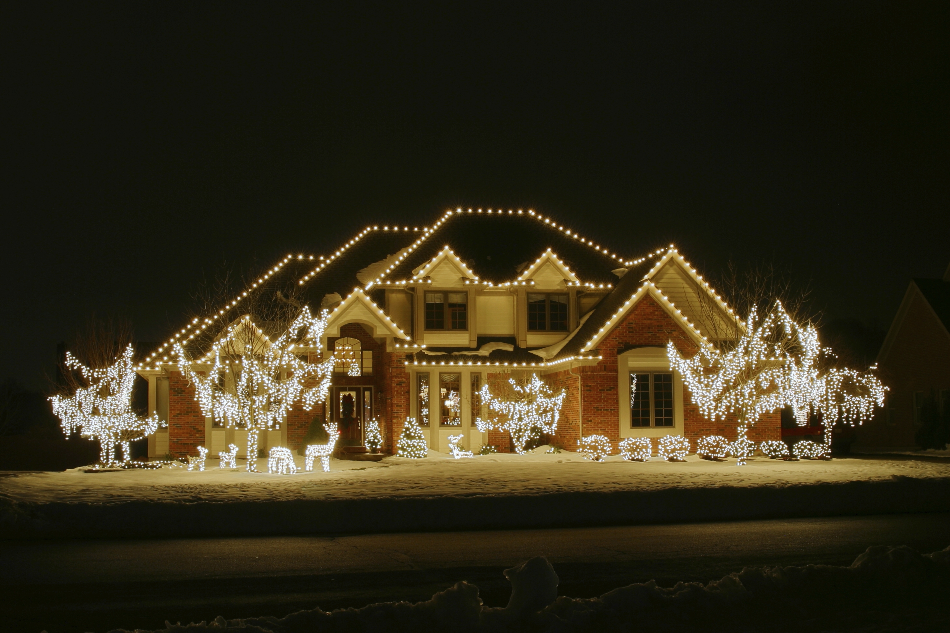 Preferred Hanging Outdoor Christmas Lights In Roof Within Professional Christmas Light Installation Greenville (View 16 of 20)