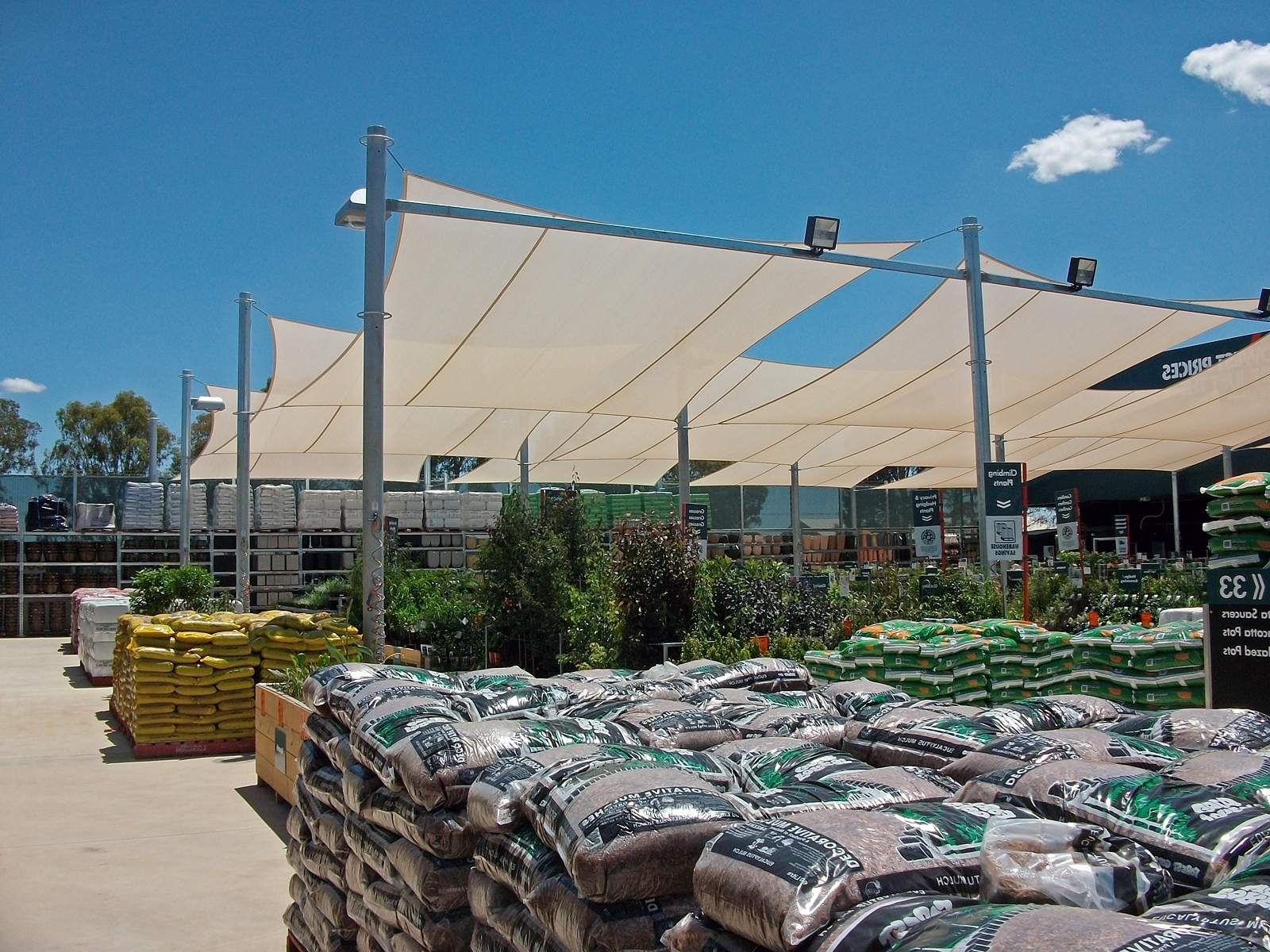 Recent Bunnings Outdoor Wall Lighting Regarding File:bunnings Warehouse Wagga Wagga Garden Department (View 19 of 20)