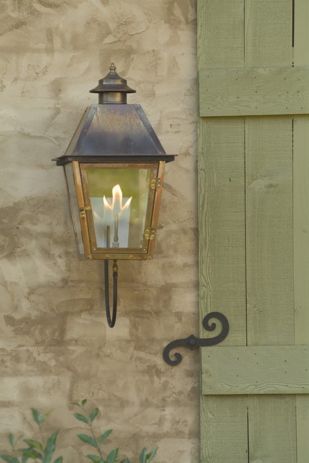 Recent Outdoor Hanging Gas Lanterns Regarding Carolina Lanterns Gas Lamp Atlas Wall Mount (View 17 of 20)