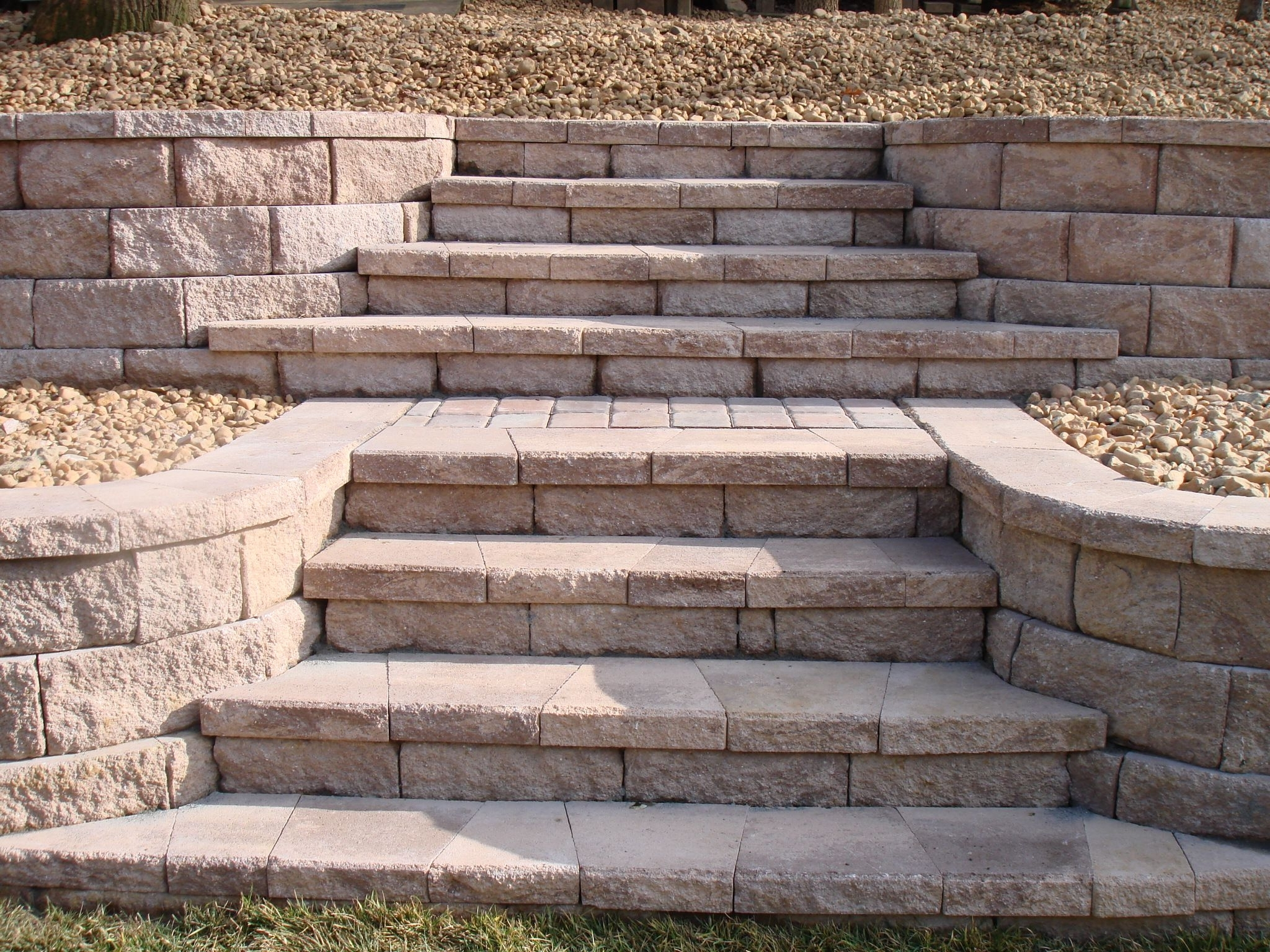 Retaining Wall With Stone Steps (Gallery 17 of 20)