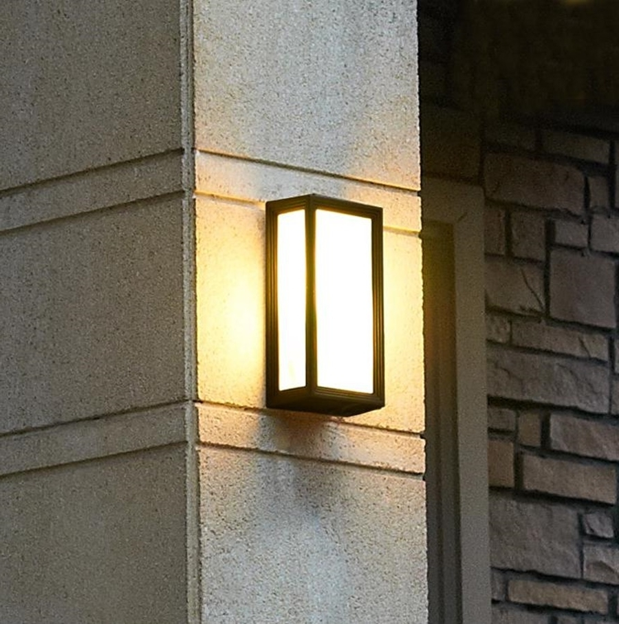 Simple Outdoor Wall Light (View 16 of 20)