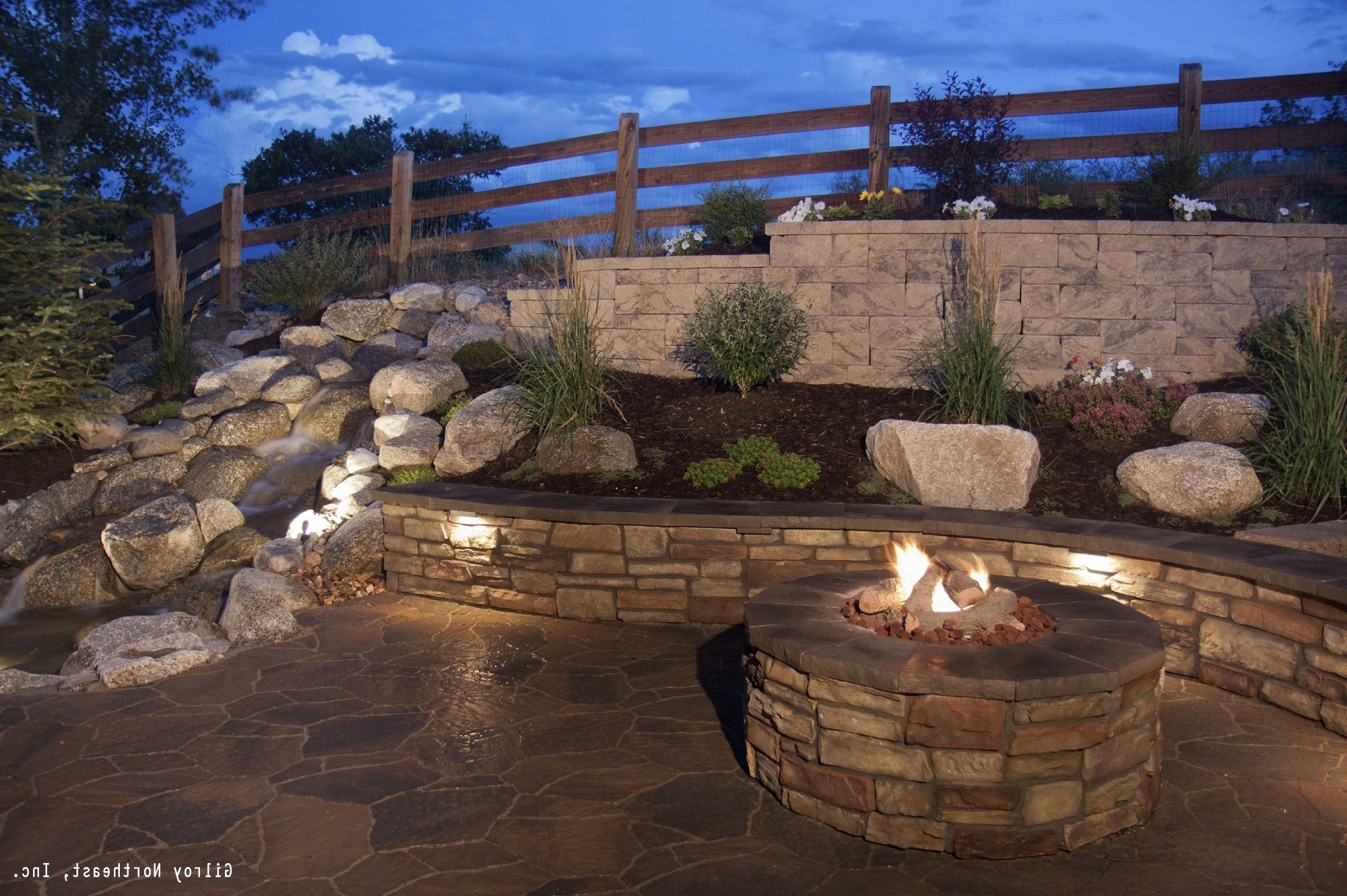 Stone Retaining Wall With Well Known Outdoor Block Wall Lighting (View 19 of 20)