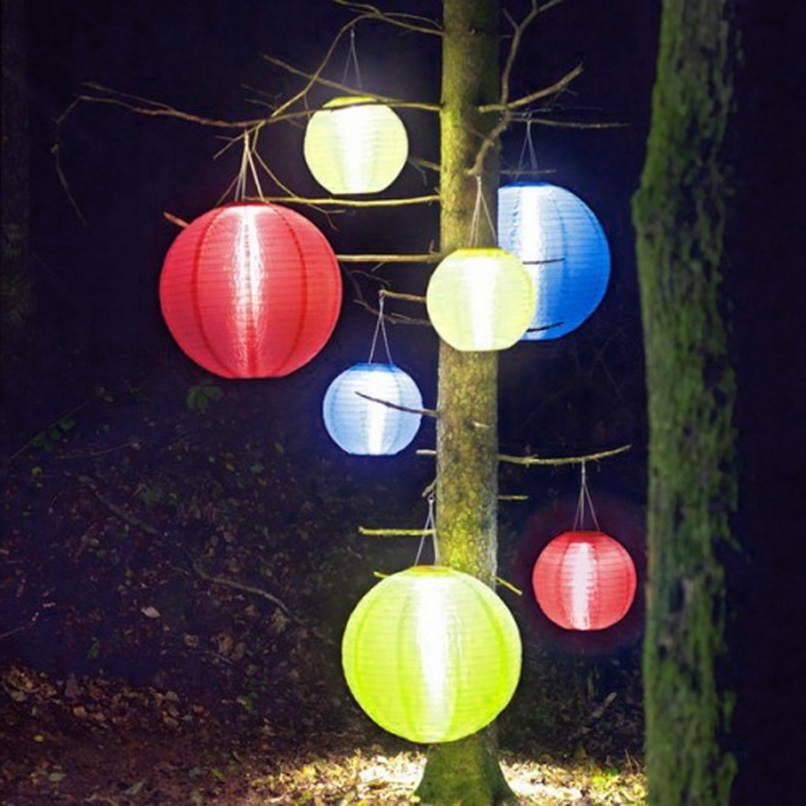 Well Known Lighting Ideas: Outdoor Lighting Ideas With Wrapping Tree With Intended For Hanging Lights On Large Outdoor Tree (View 20 of 20)