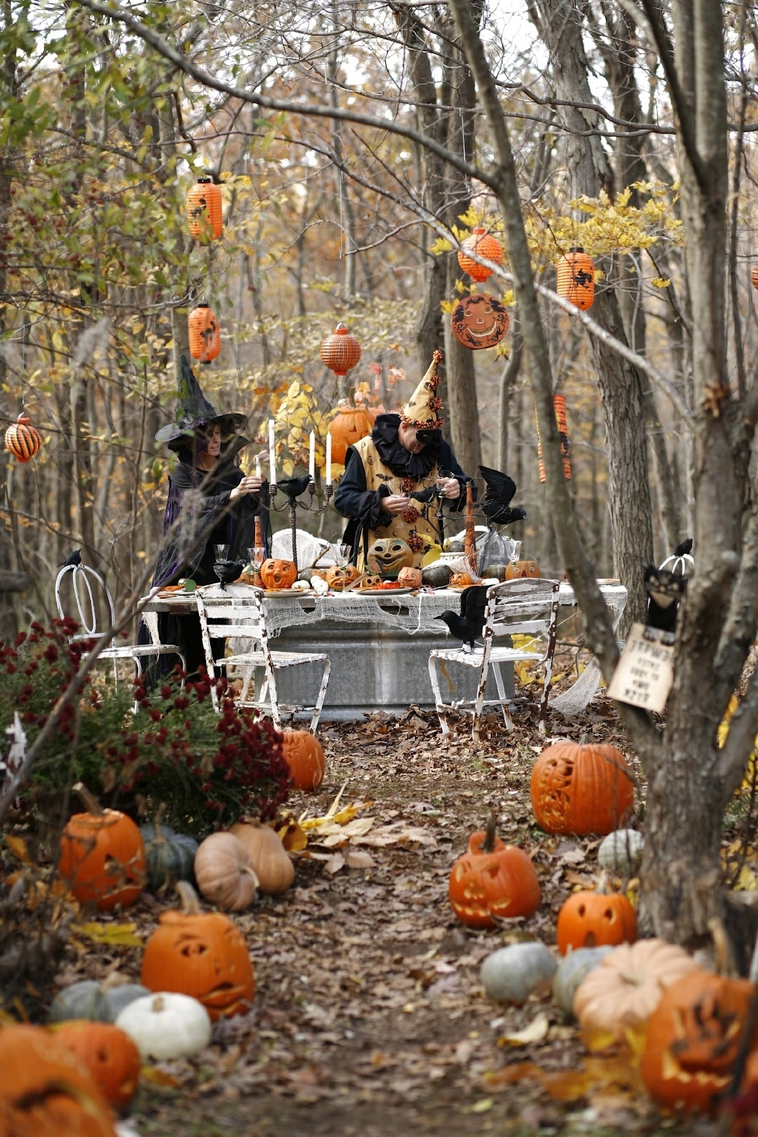 Well Known Outdoor Hanging Paper Lanterns In Spooky Halloween Garden Decor Nice Jack O Lamtern Hanging Paper (View 20 of 20)