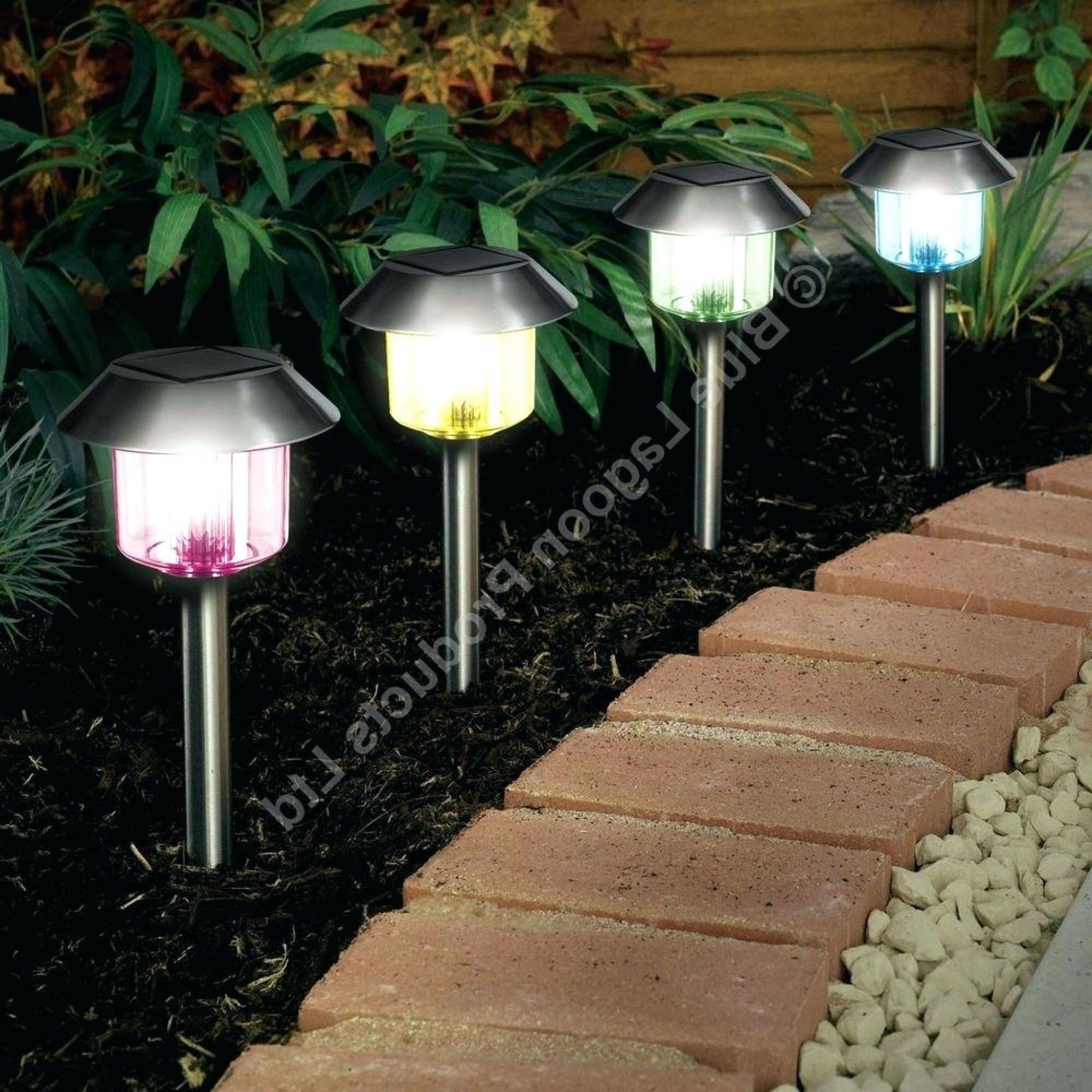 Featured Photo of Solar Powered Outdoor Lights